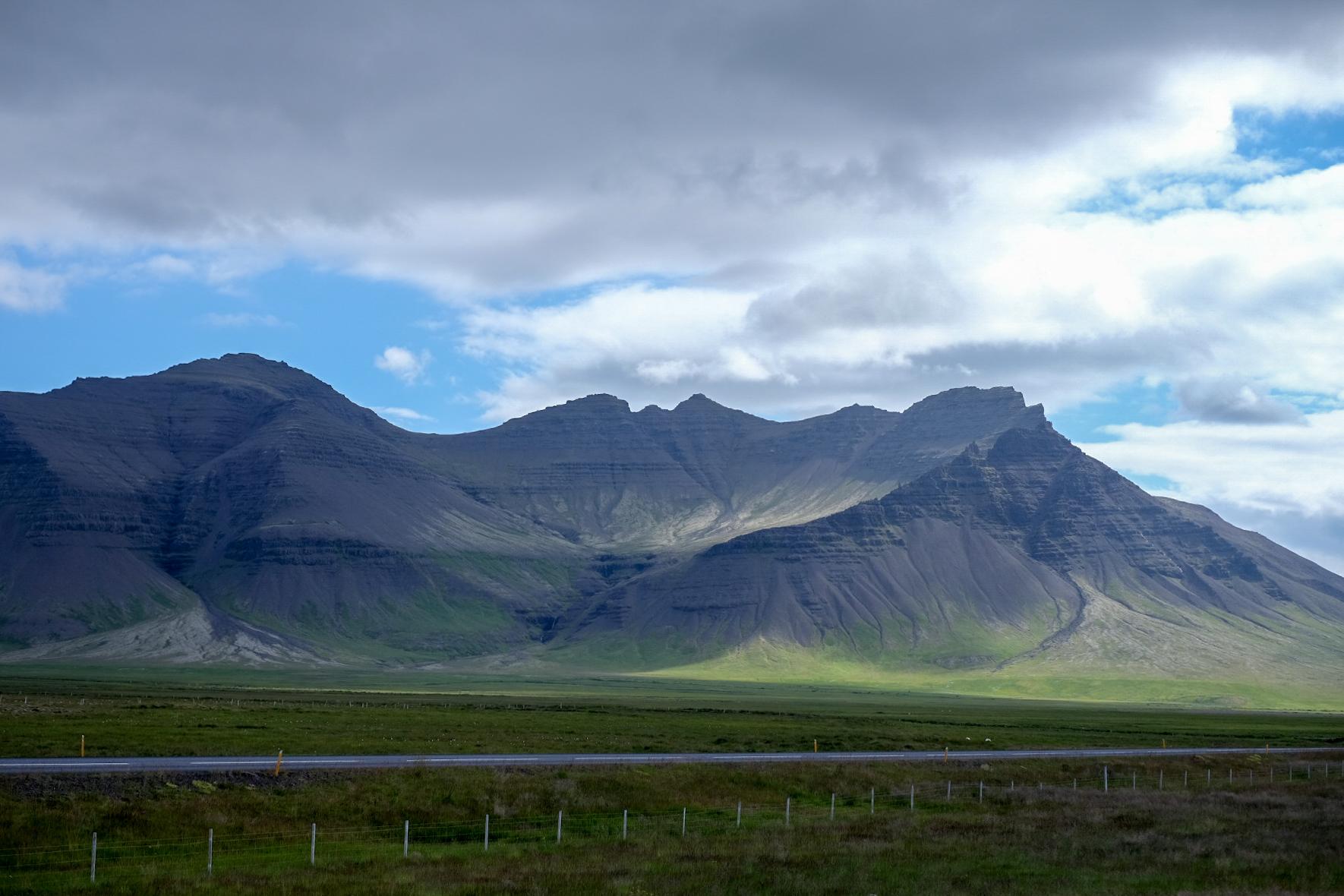 lands -