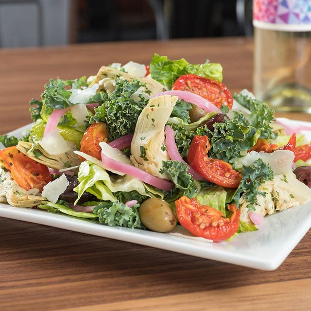 After all that BLT talk, it might be time to throw a little love to our salads, such as The Mediterranean with Tuscan kale, romaine, sundried tomatoes, Pecorino cheese, marinated artichokes, olives & pickles red onions, tossed with our house-made red wine vinaigrette. . . #salads #healthybuttasty #kale #lunch #salad #rva #richmond #madefromscratch #rvadine