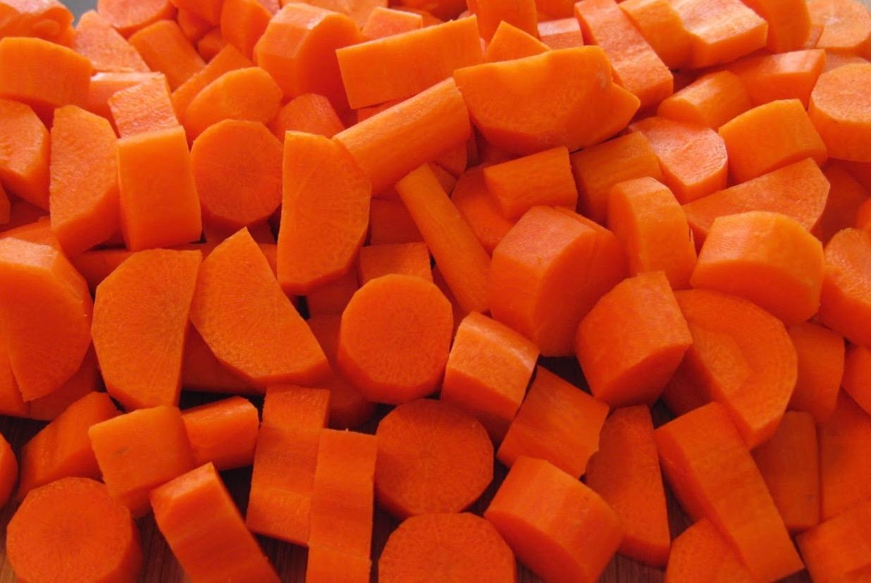 cut carrots.jpeg