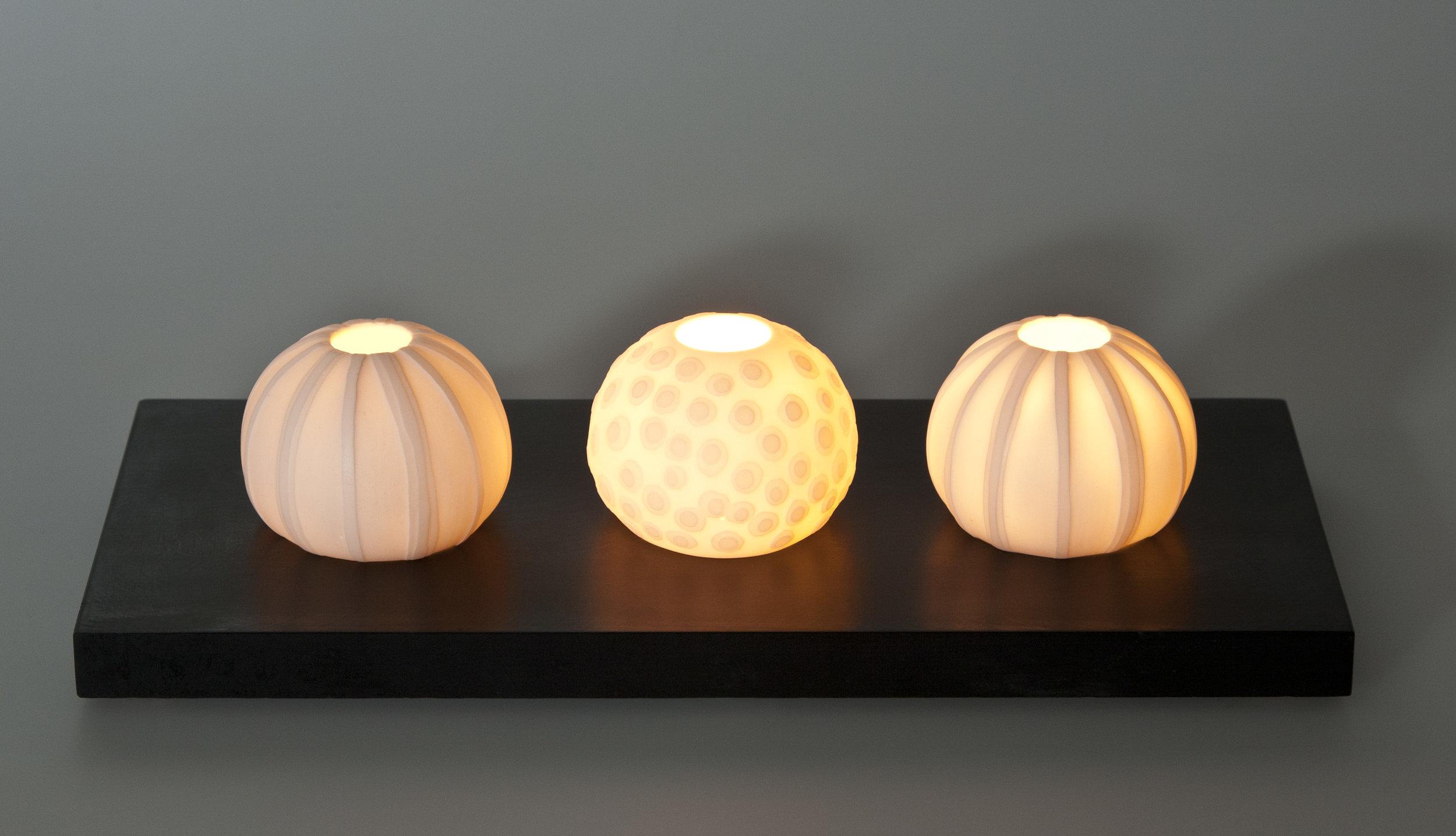 Urchin 'Ripple' tealights on slate base - 30 cm long