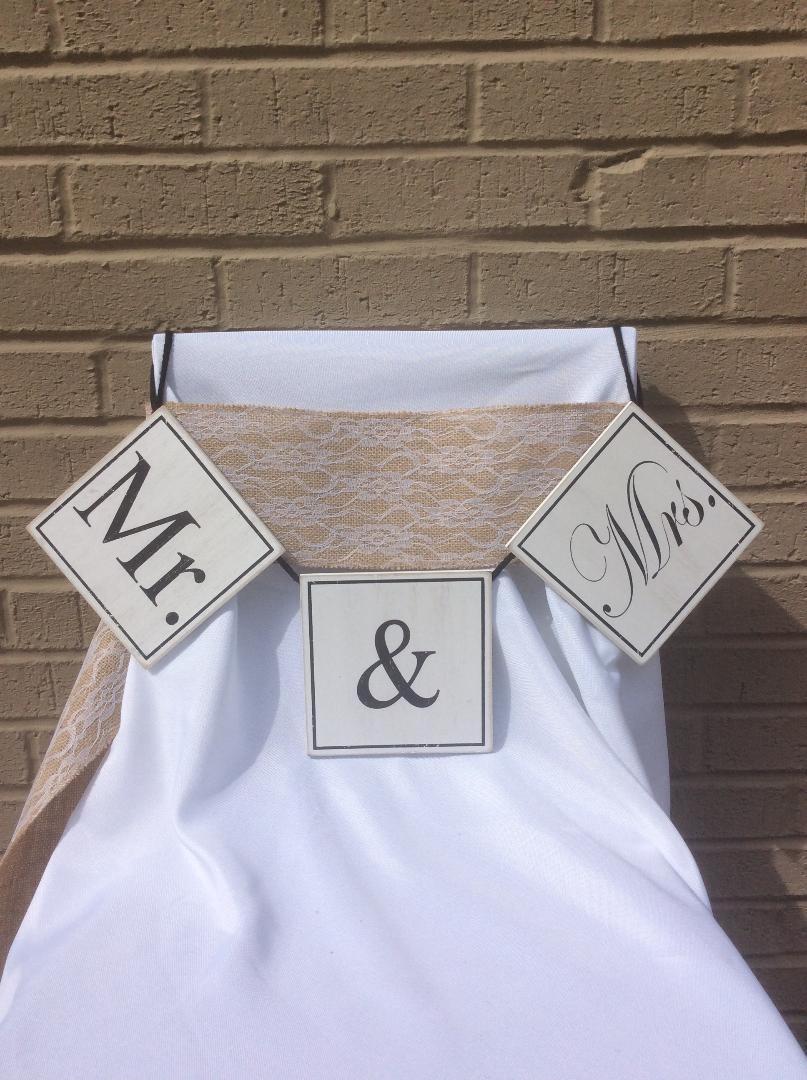 Mr & Mrs Wooden Sign - Rental $6.00 each