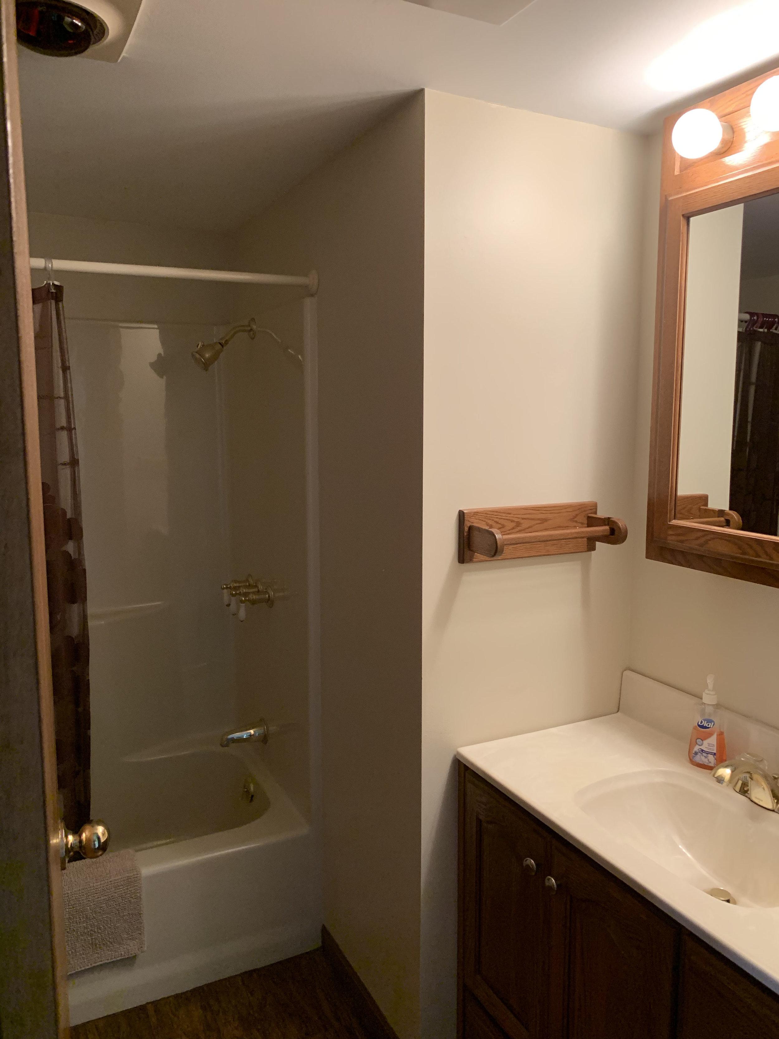 #14 bathroom.jpg