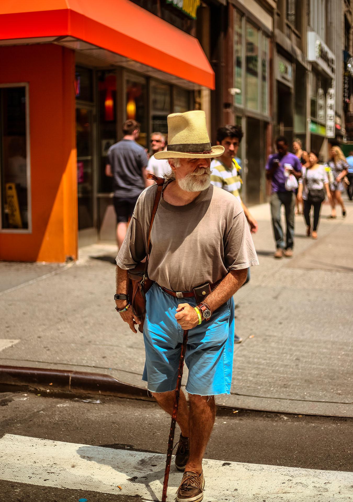 Vee-Streetportrait-Cynlagos-Newyork-Au20182.jpg