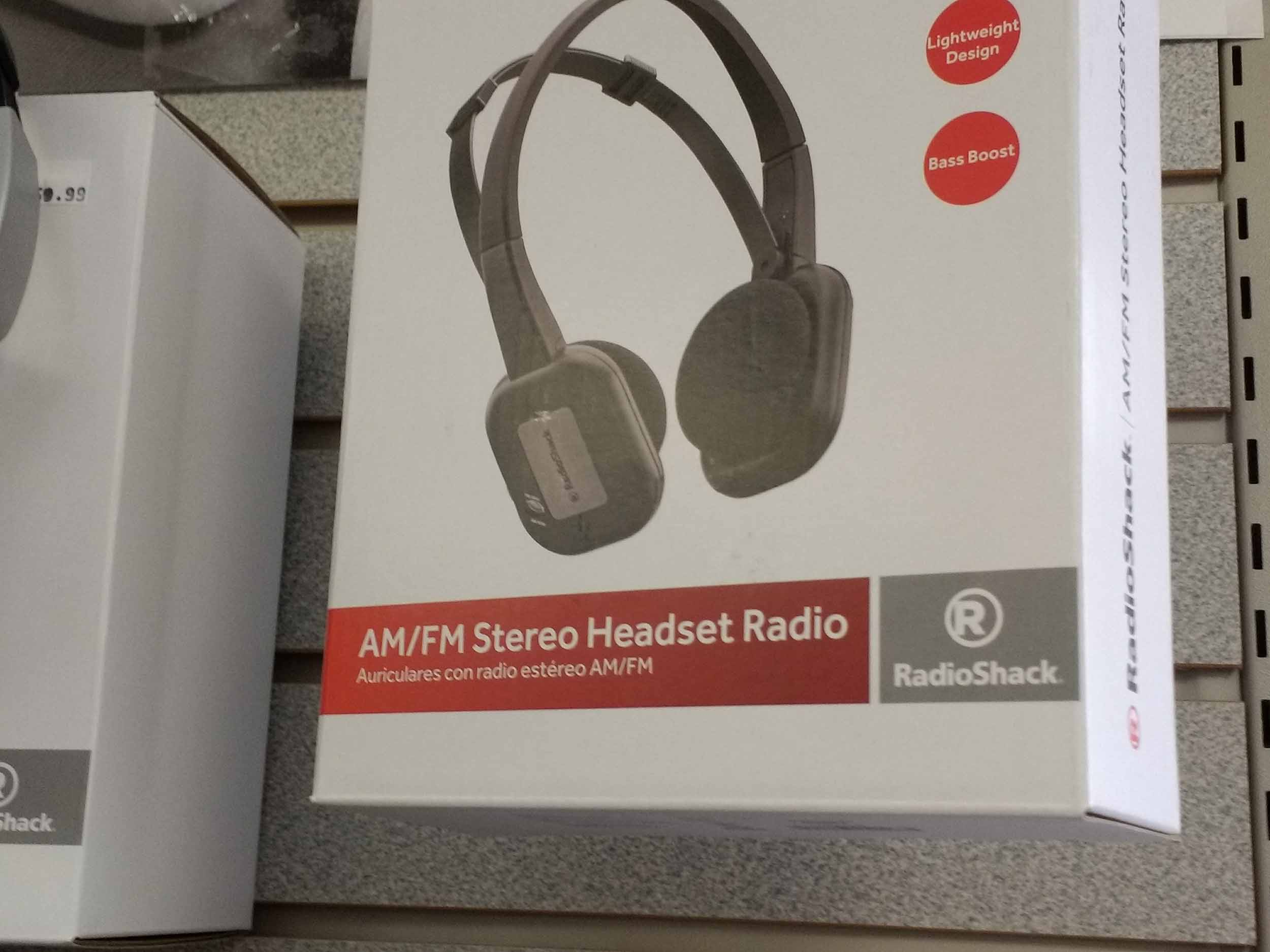 Stereo AM and FM reception in this headset radio keep you informed and entertained while doing outdoor tasks.