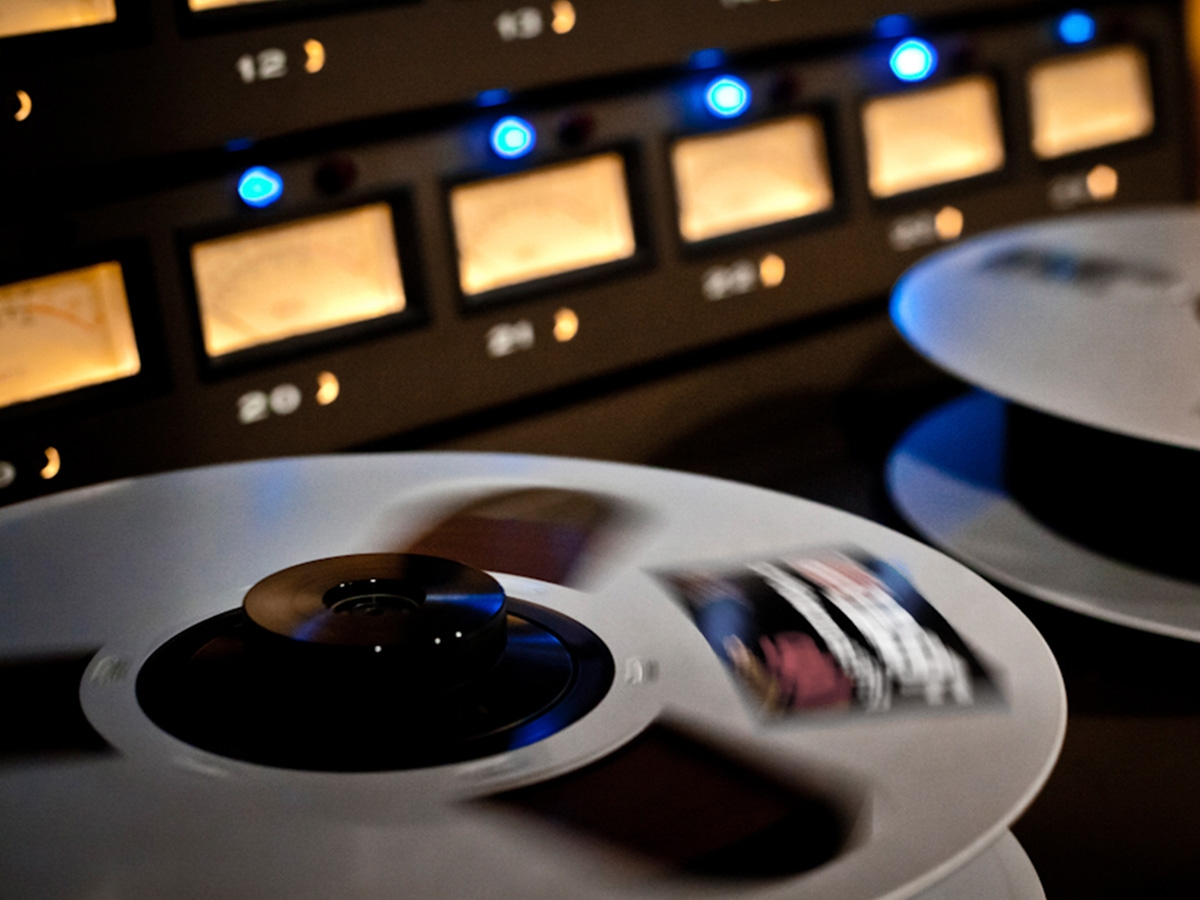 Tape Colouration - Apply the sonics of the world's most famous reel-to-reel tape machines and tape formulations to your master
