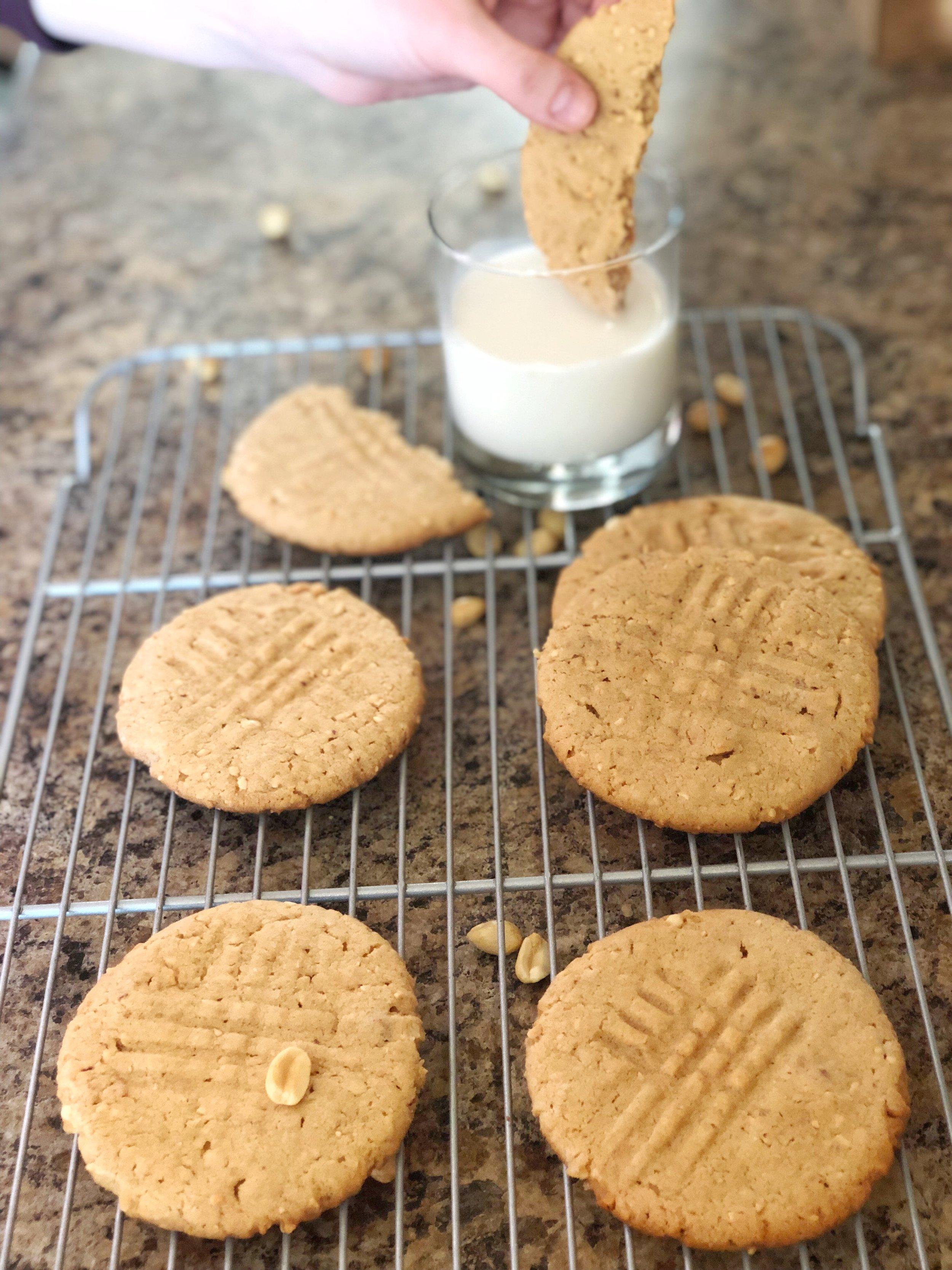 Peanut Butter Cookies Hungry Twenties