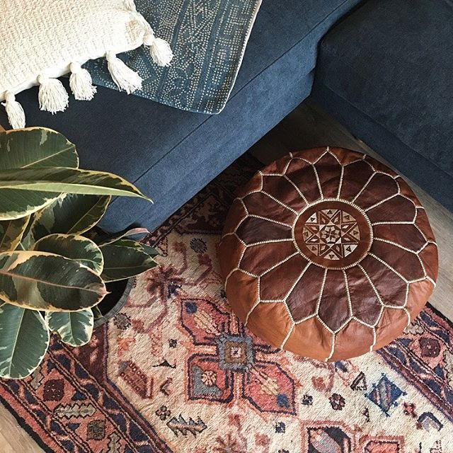 Install details ... love the way that little blush in the rubber plant plays off the rug