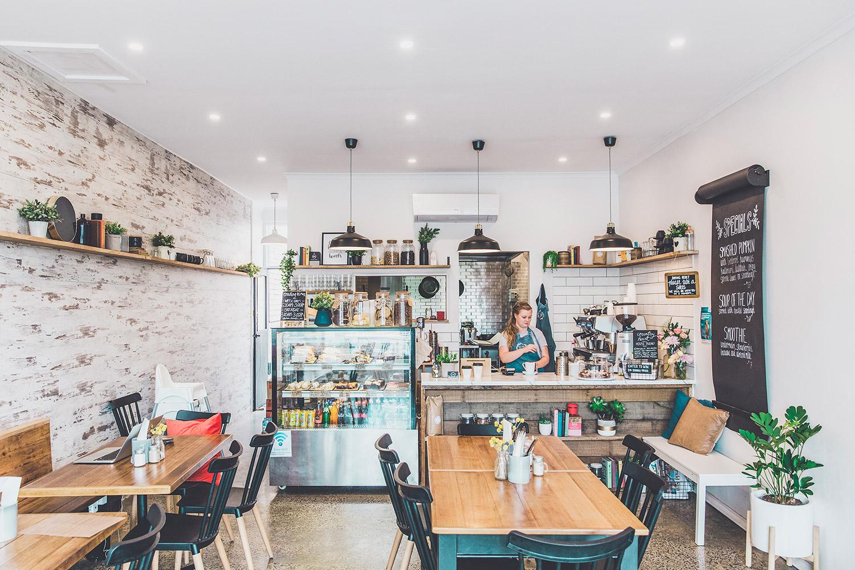 THE CAFÉ -