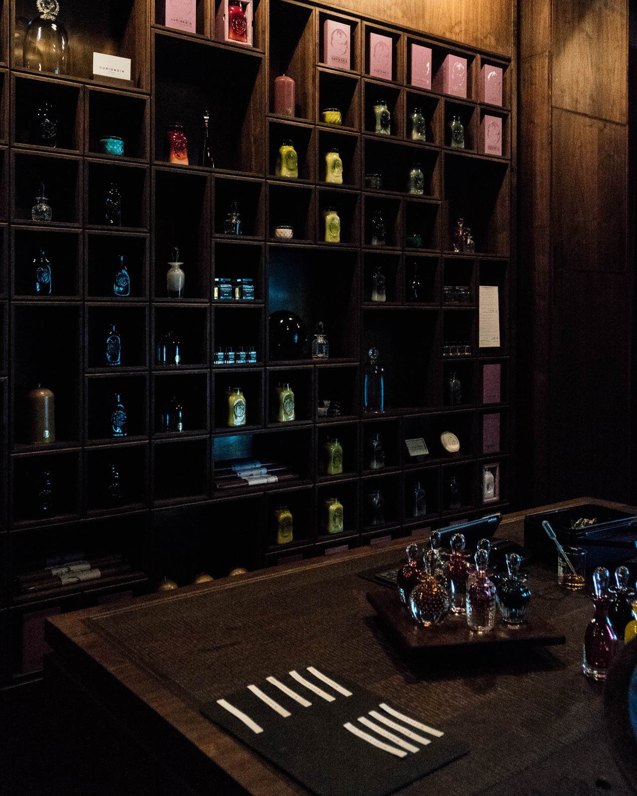 CURIONOIR - Fragrances that evoke the tangible in a world of sensory intangibles.