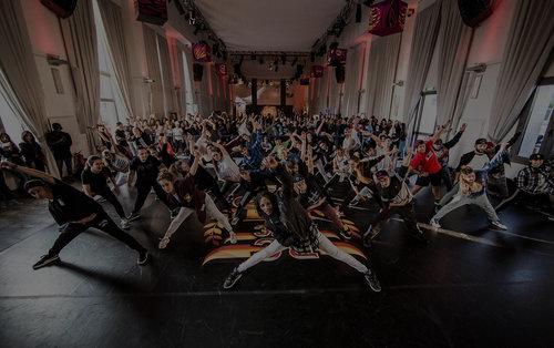 DanceOn-Website-Hero-Image-JoinUs+copy+2.jpg