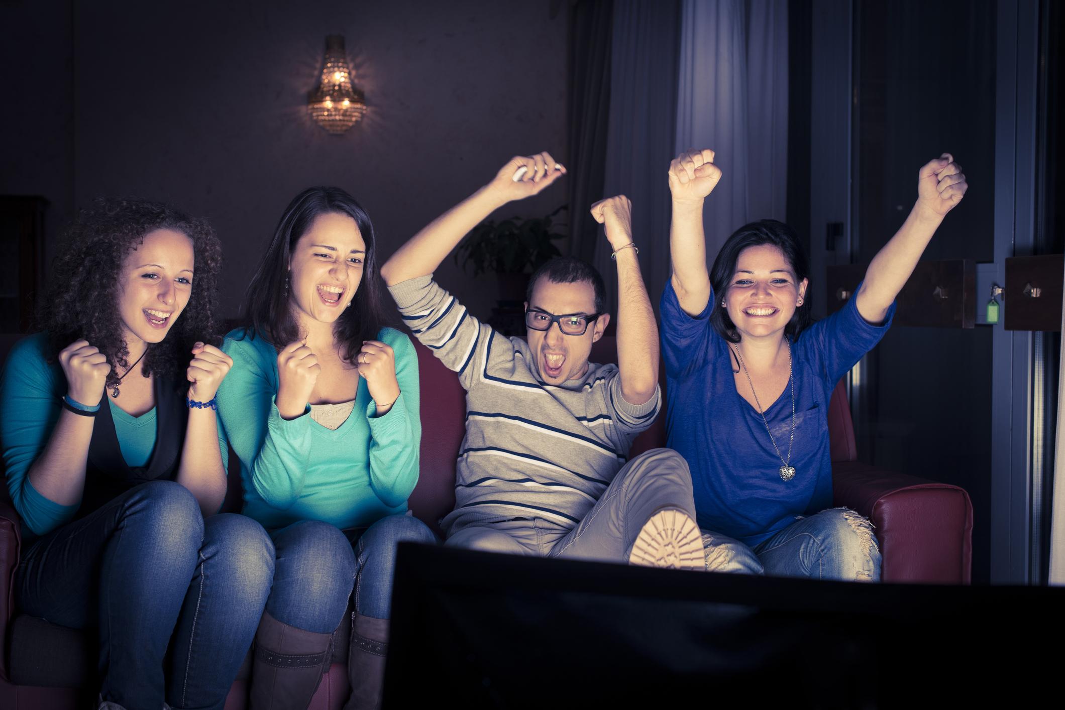 Four-teenager-watching-tv-158664727_2121x1416.jpeg