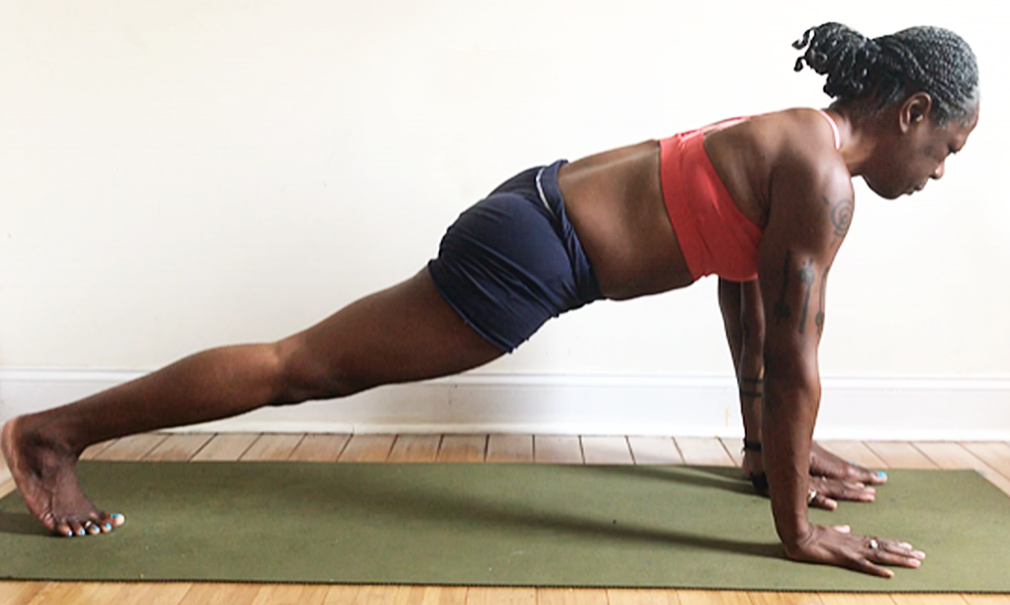 ashwa sanchalanasana….again (low lunge pose) variation with foot outside hand