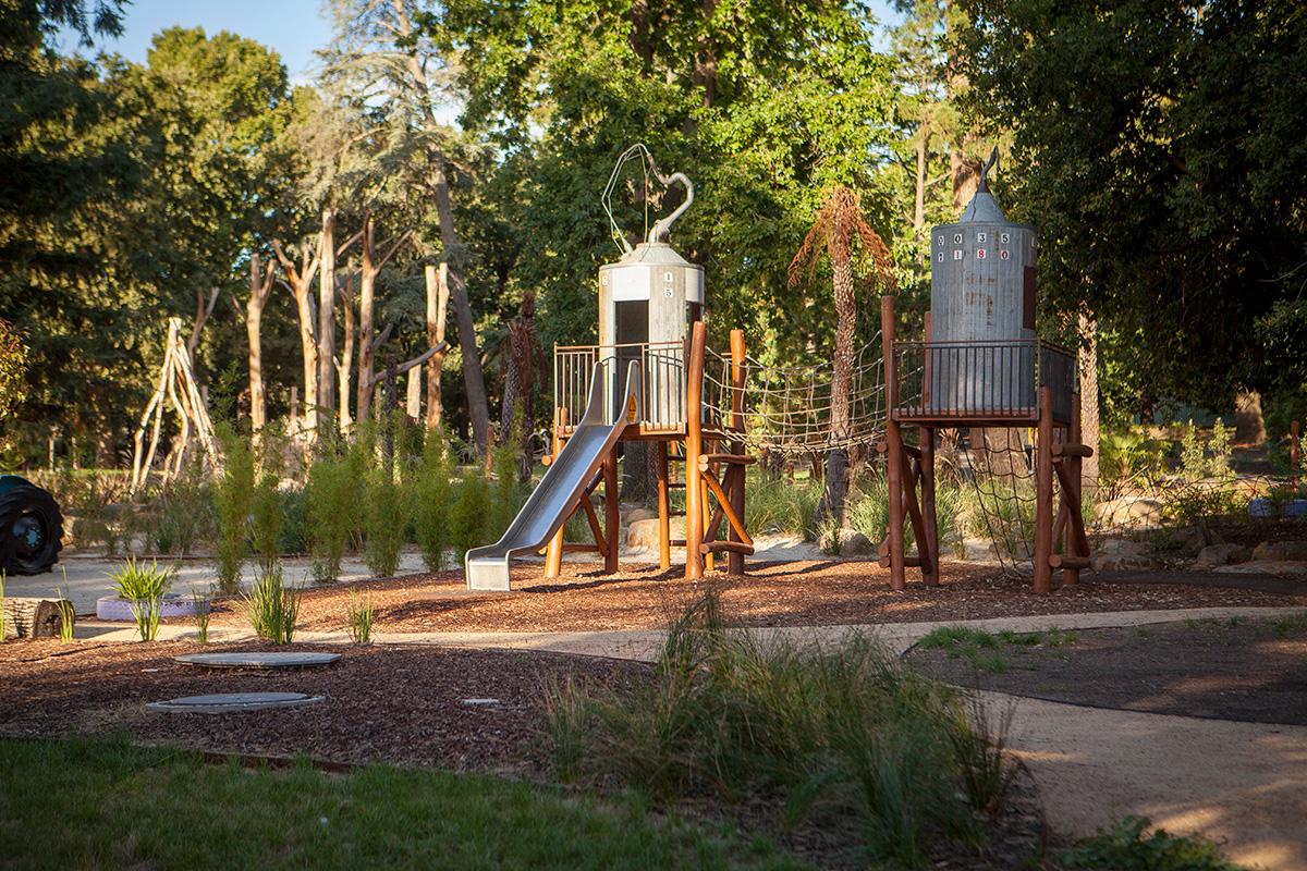New Community park and playground, 2017