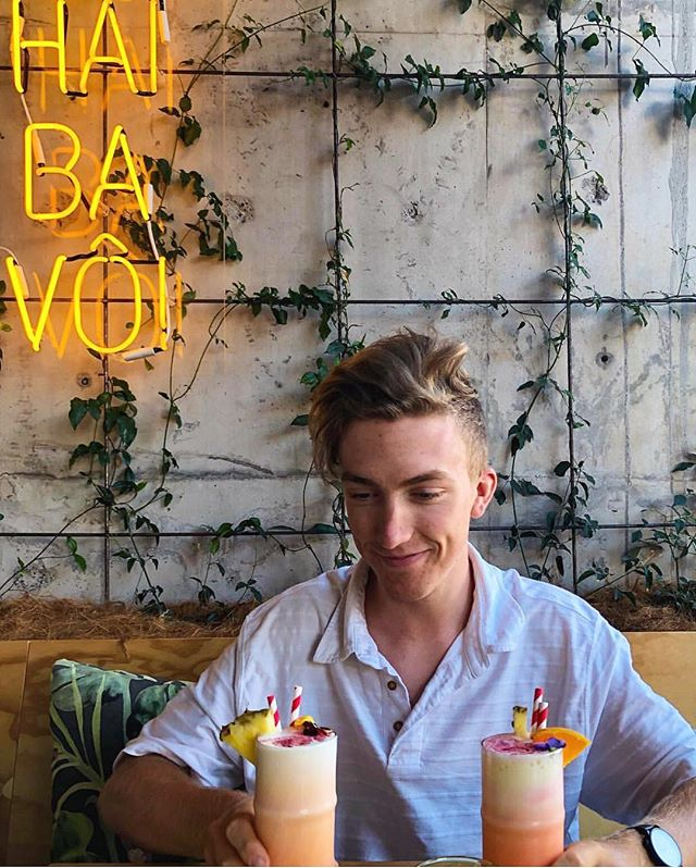 That post holiday blues .... we won't judge 🤷♂️🙈 . . . . Photo credit @joshlaneynz  #thirstythursday #banhmicaphe #banhmicaphenz #vietnameseeatery #vietnamese #vietnamesefood #hamiltonnz #hamiltonwaikato #lovethetron #hamiltoneats #newzealandeats #theriverbanklane #victoriaontheriver #drinks #adultbeverage #goodvibes #goodvibesonly #cocktails #celebration