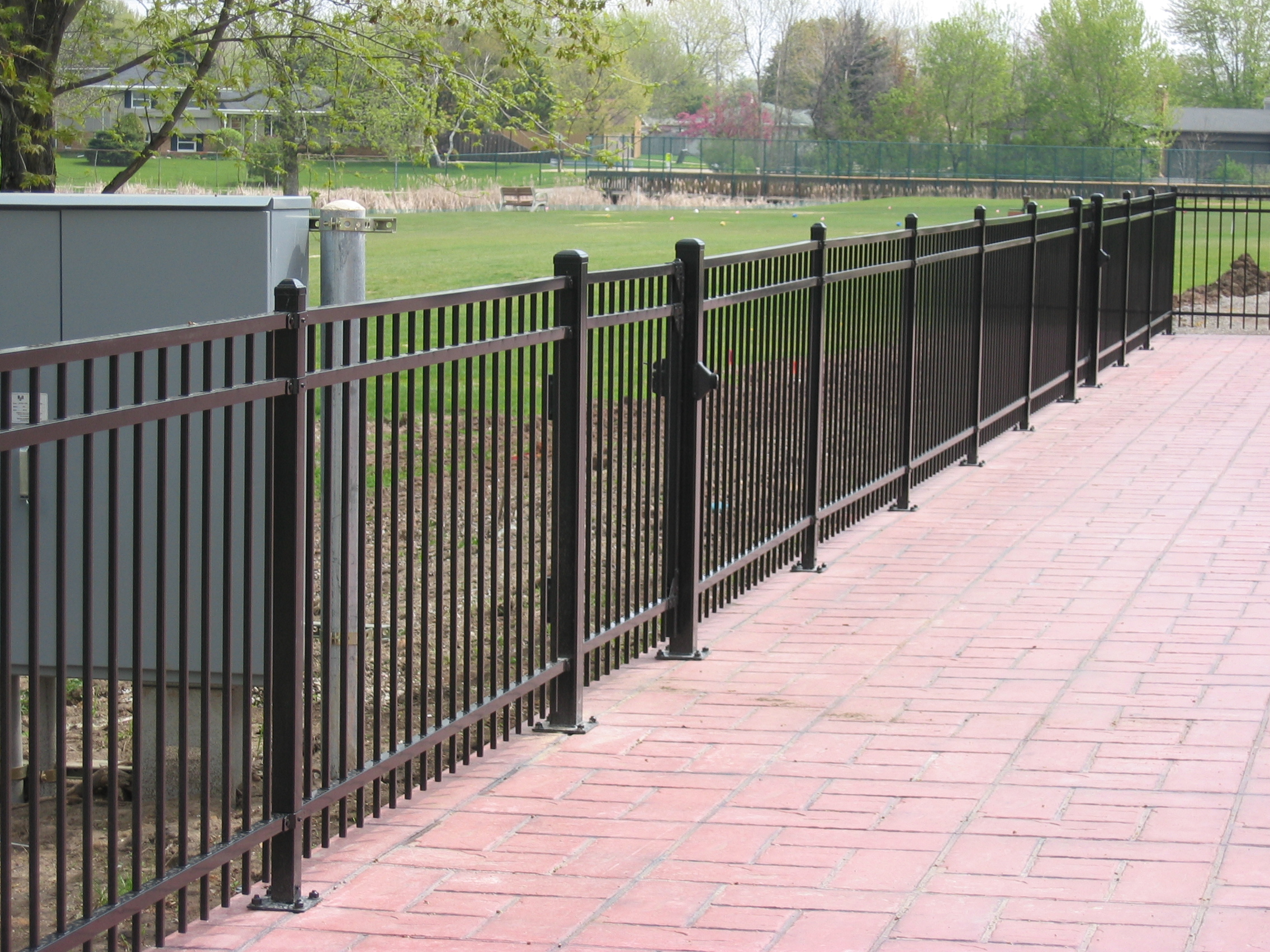 CommercialFence_SecurityFence.JPG