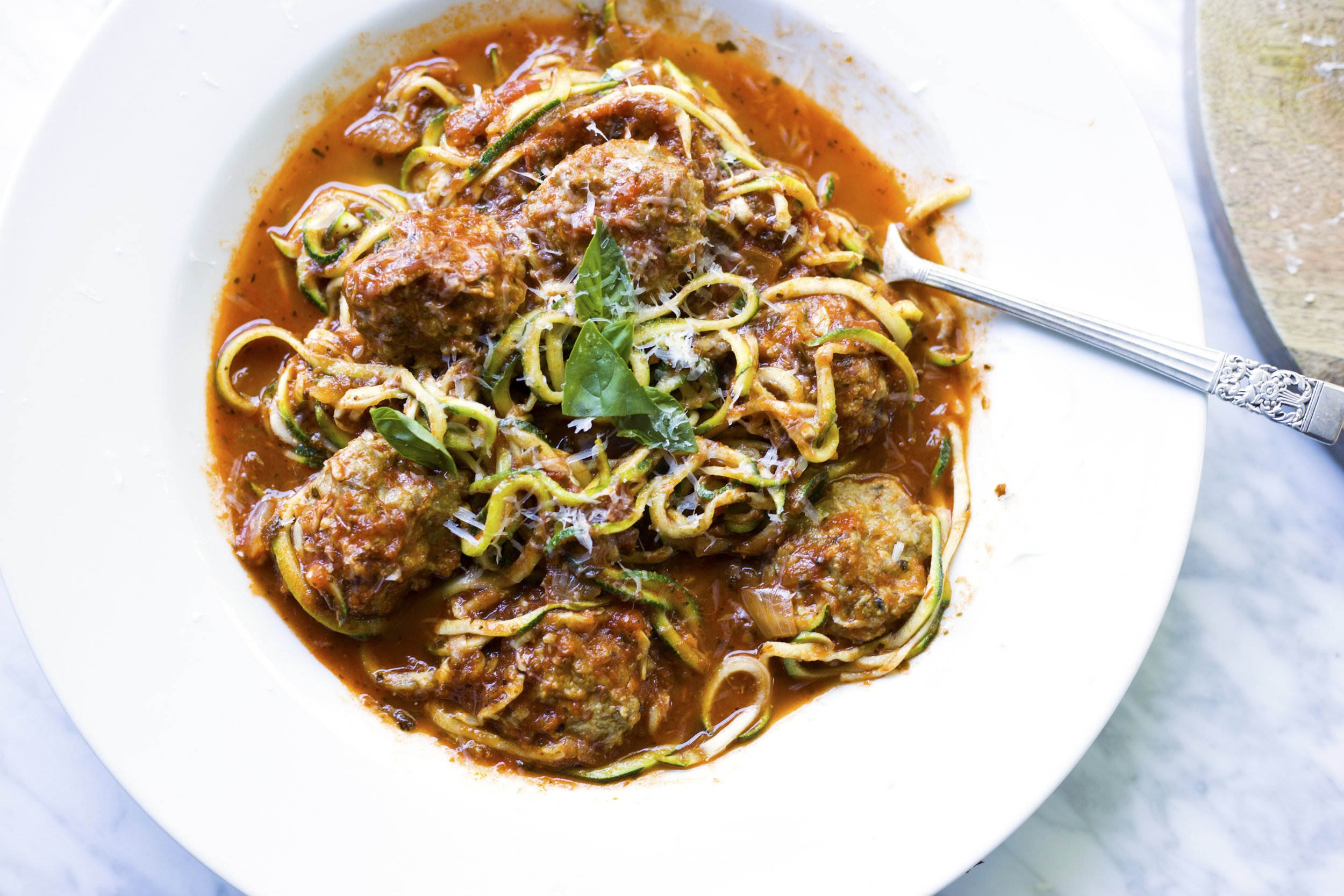 Zoodles with Meatballs_overhead.jpg