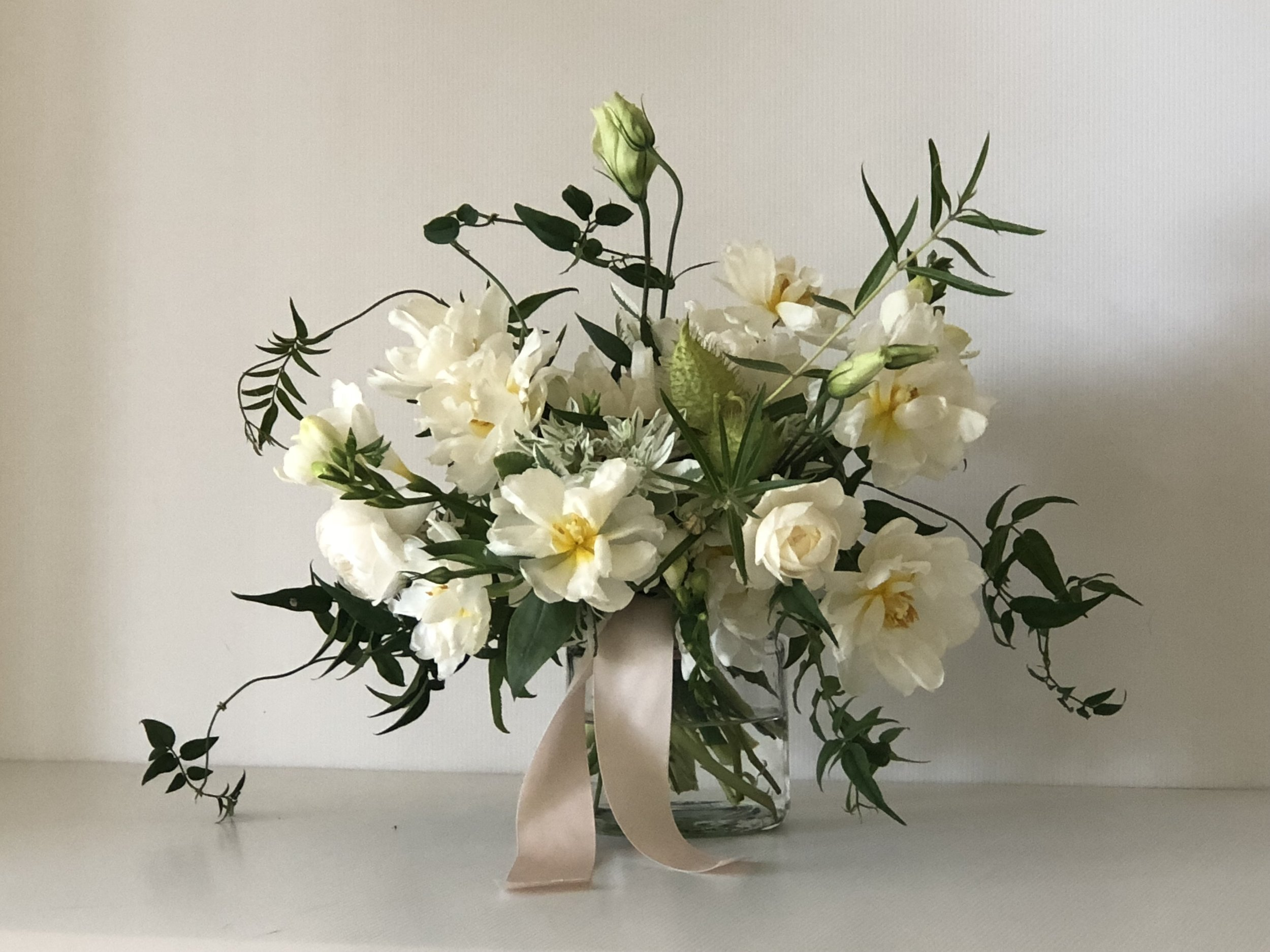 White & green tulip and rose bouquet.jpg