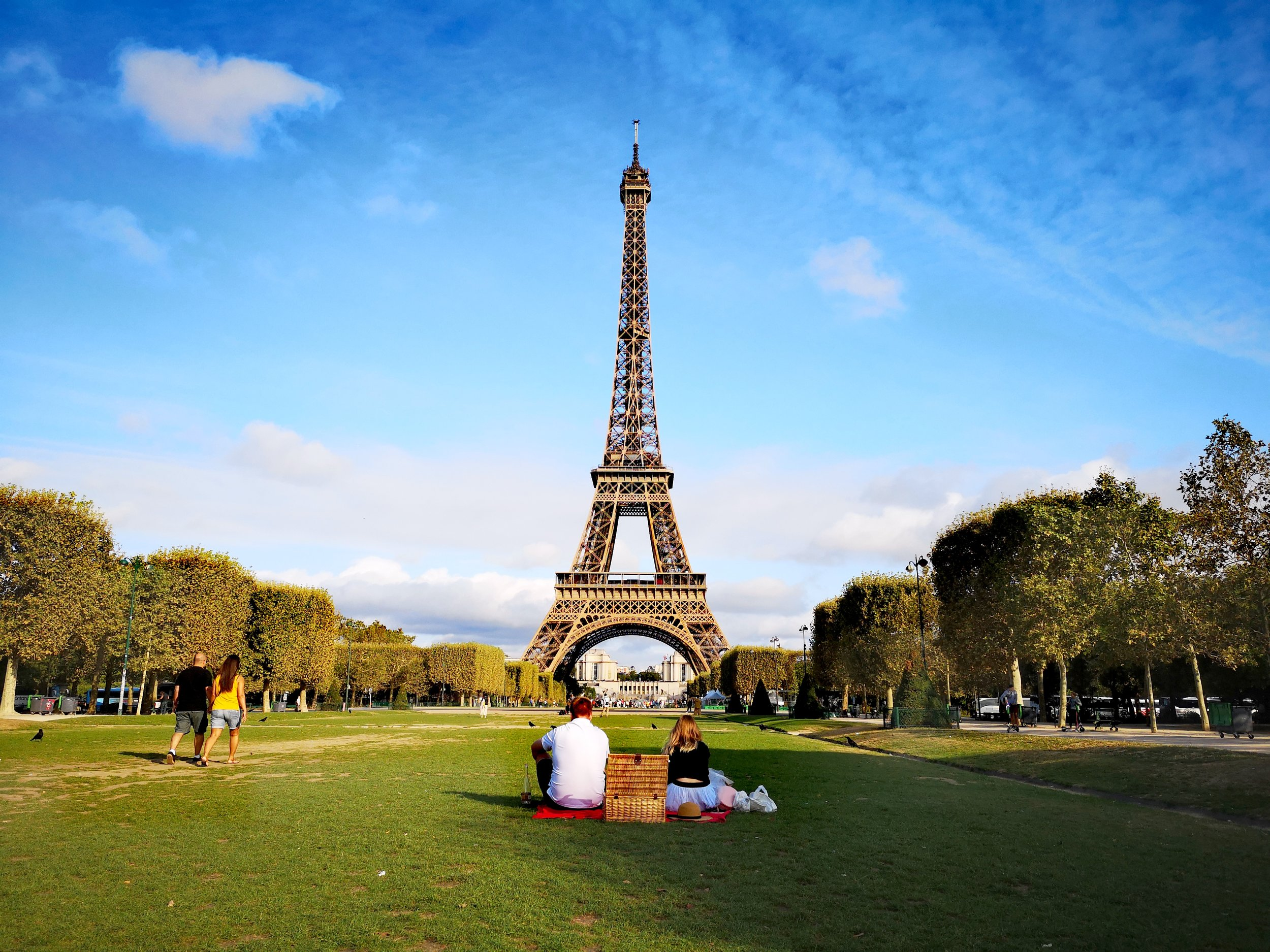 Eiffel Tower Guided Tour 36€