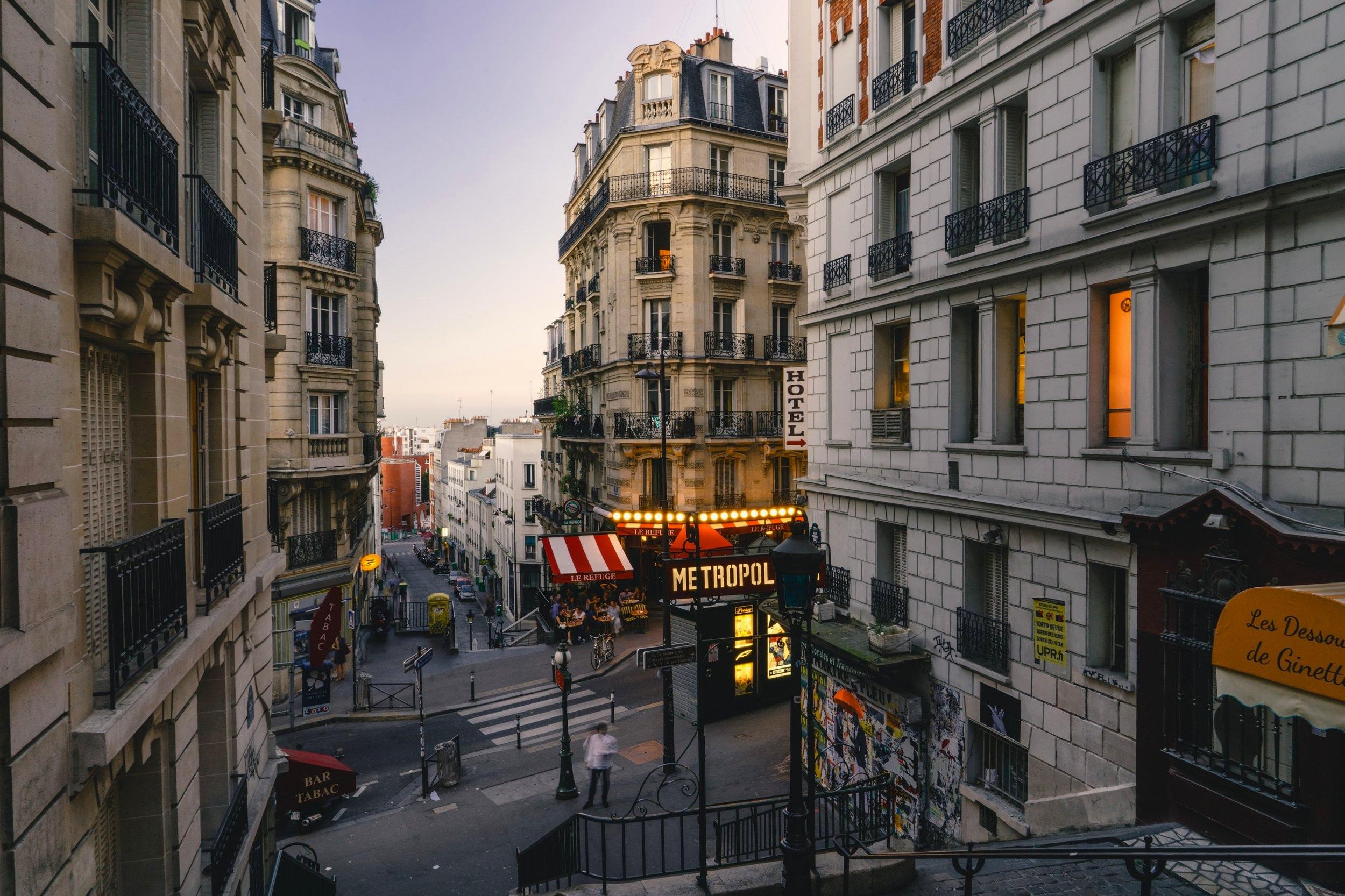 Montmartre Family  Tour 35€