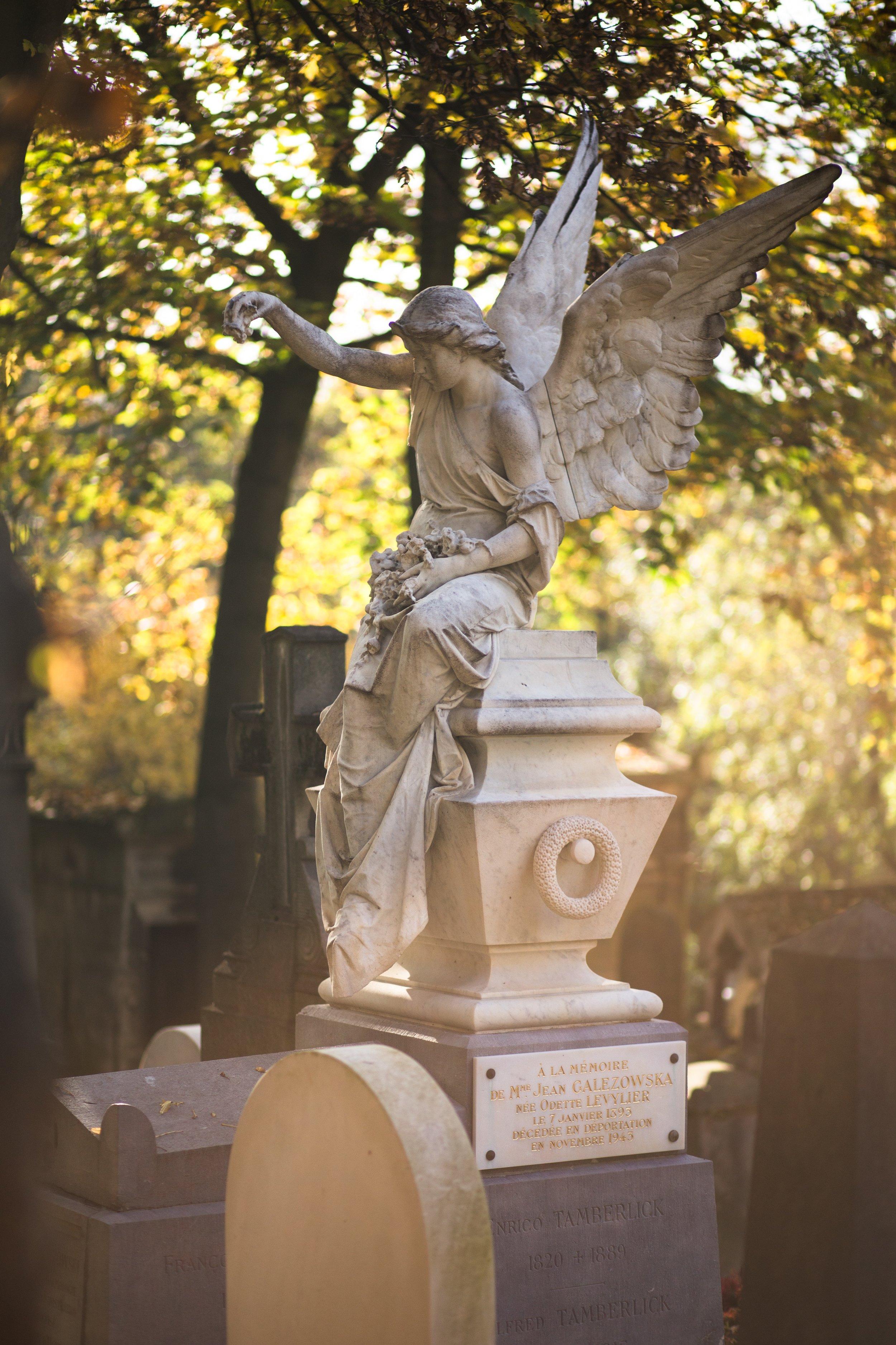 Visit of Père-Lachaise Cemetery 18€