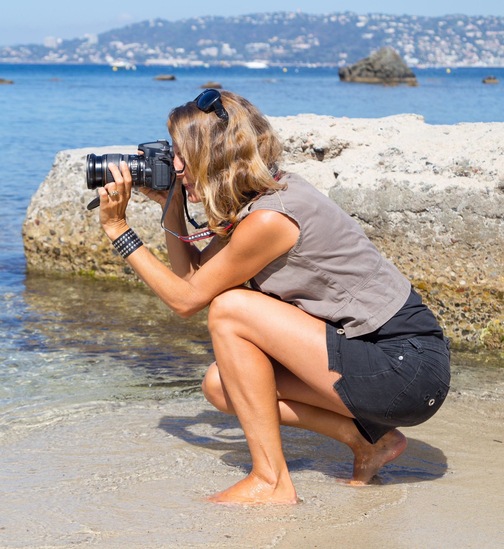 About - I moved to the Cote d'Azur in 2007 from London and then to Cap d'Antibes in 2009. I have been working as a photographer here since 2010 photographing families, children, homes, yachts and events.If something needs photographing then I will photograph it. I am lucky enough to be paid to do what I love which is taking pictures but when I am not attached to my camera, which isn't often, I spend time with my other two loves, my partner and daughter.Aside from my commercial I also launched my blog I Love Cap d'Antibes in 2017. The blog is an outlet for my personal work so feel free to head over there to take a look.