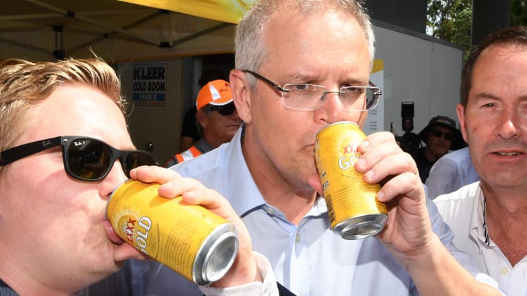 Pictured: Just a normal Aussie bloke enjoying a normal Aussie beer. Nothing to see here.