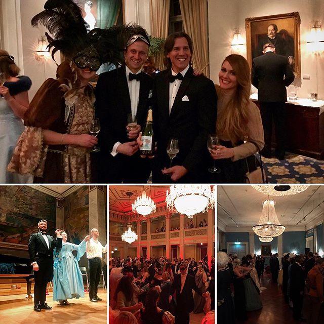 Lykkelige folk på Oslo Operaball 2019 også! 🥂🎭🙏🏼 #oslove #oslooperaball (styremedlem++) #visitnorway #visitOslo
