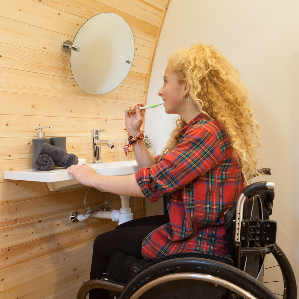 disabled-access-garden-pod-cabin-2.jpg