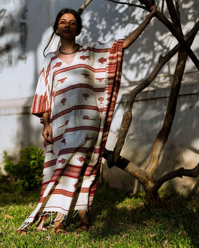 Each piece of our Kotpad Kaftan comes with it's unique set of motifs, making them truly one of a kind. And in that, lies the beauty of buying handmade. Available in naturally dyed maroon & deep brown, carefully handcrafted with love. 🌼 FREE WORLDWIDE SHIPPING . . . . . . . . . #saynotofastfashion #buyhandmade  #handloom #tribeoftextiles #handwoven #tailormade #ethicalfashion #buylocal #sustainablefashion #textiledesign #handmade #kaftan #resortwear #consciousfashion #fashionrevolution #handmadewardrobe #makersmovement #makersgonnamake #villagesnotfactories #taintedmag #somewheremagazine  #slowfashion #textileart #ignant #noisemag #hikaricreative #chasinglight #independentmag #buylesschoosewell #slowfashionmovement