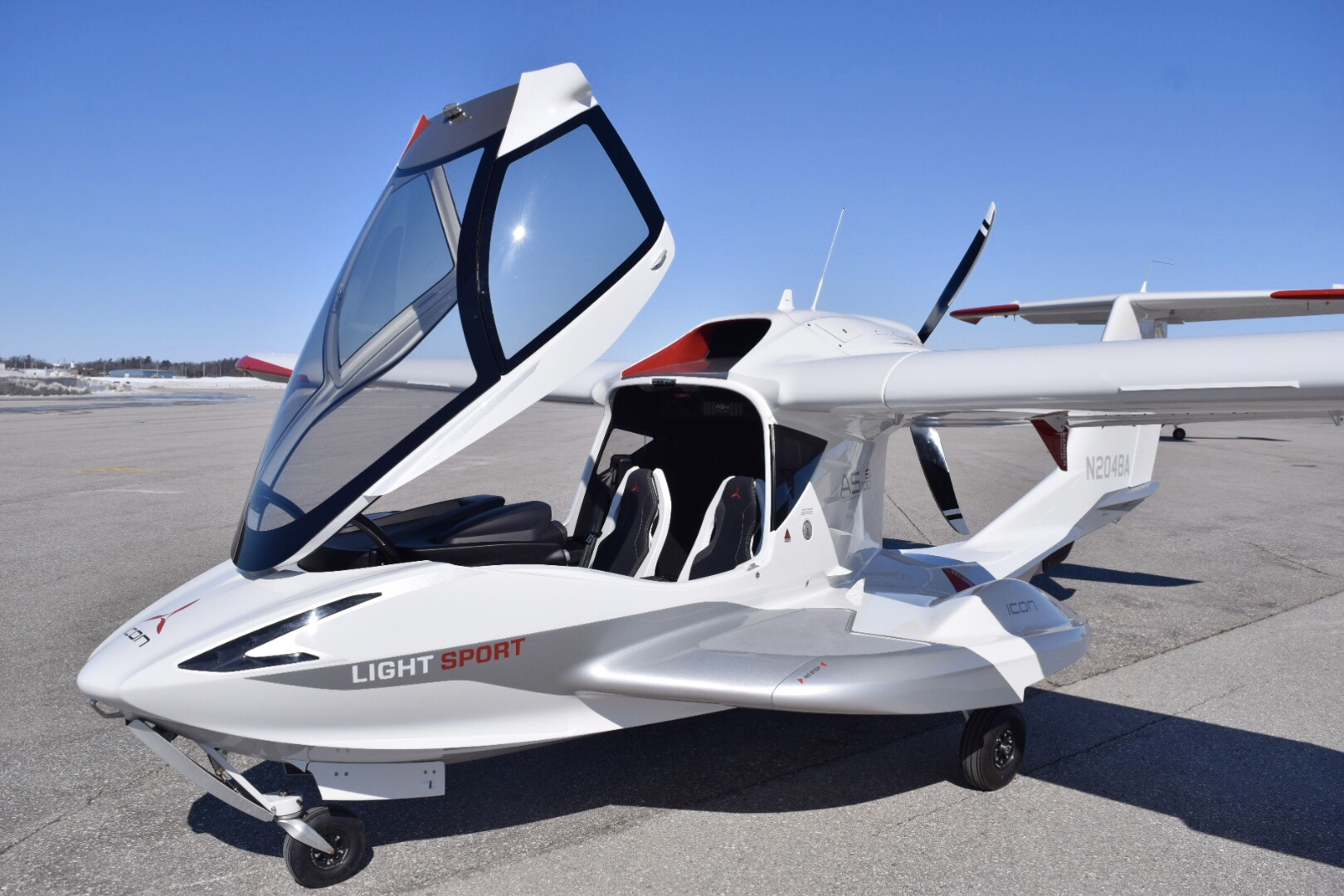 Icon A5 Articles - Boat InternationalFlyingWaterFlying