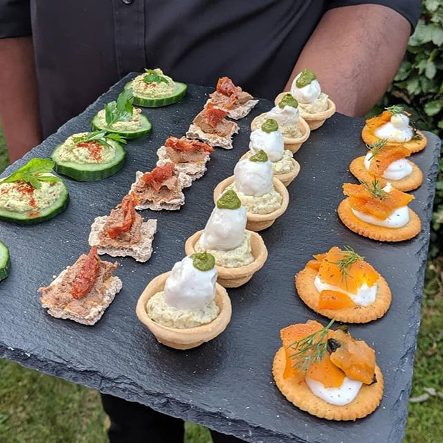 We aim to impress! And our canapés are the best way to start a party!  From Right to Left: * Smoked Carrot on Coconut Cream Chese with Lemon, Black Pepper and Dill * Artichoke and Caper Tartlets with Cashew Mozzarella and Pesto Cream * Walnut and Olive Pâté on Swedish Crisp Bread with Sun-dried Tomato * Almond, Parlsey and Lemon Cream on Cucumber Coins  DM us and book your events! We have availability from November onwards 💜  #purpleisthecolor #ThePurpleCauliflower #cateringuk #herewegoagain #wearepurple #Worcester #weddings #passionforfood #panasian #vegan #veganwedding #weddingideas #lox #fresh #glutenfree #Julymenu
