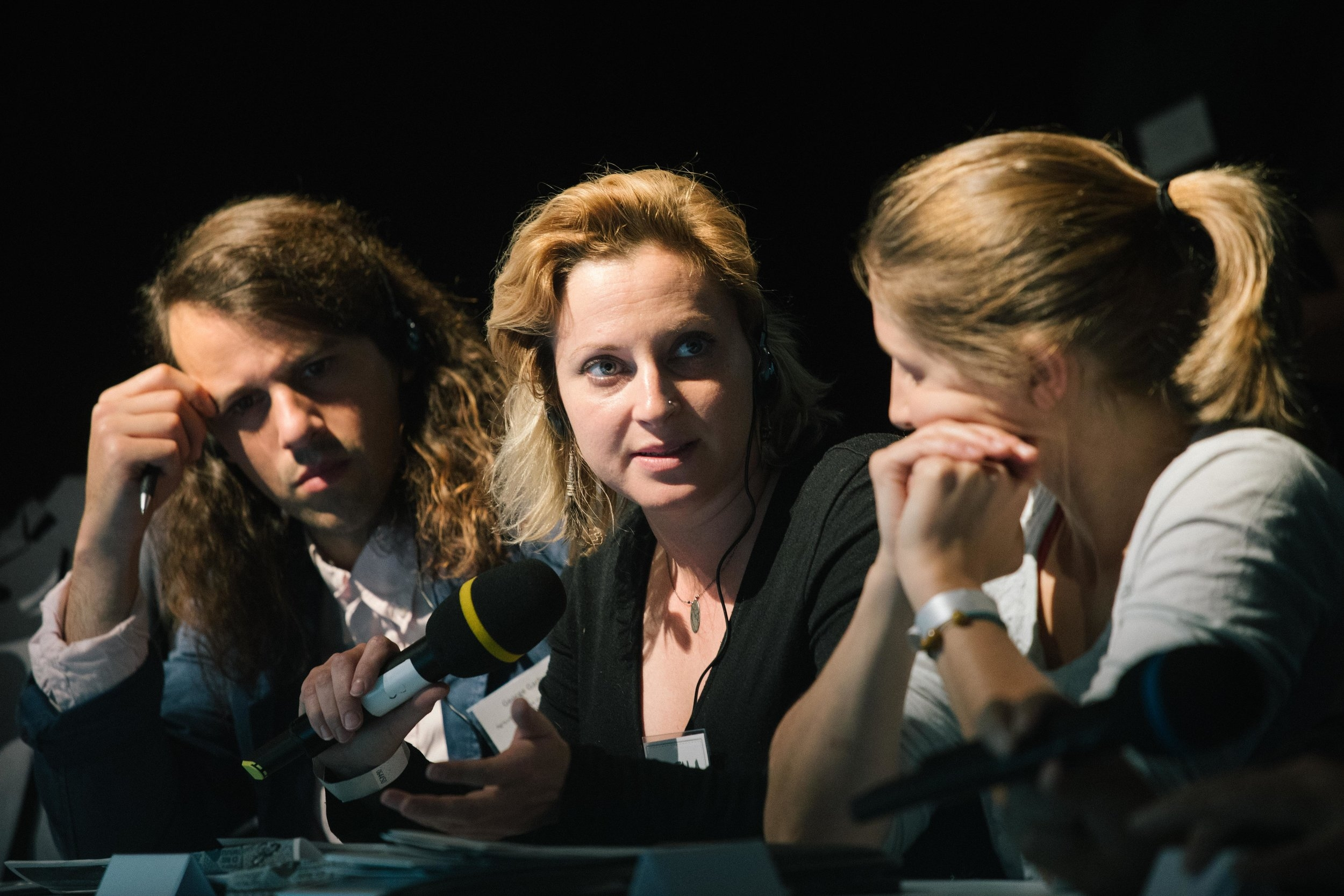 George Garbutt, Ariella Helfgott (Svenja Flechtner)