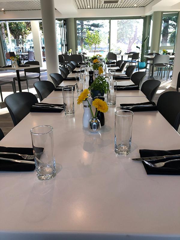 fresch-restaurant-table-long.jpg