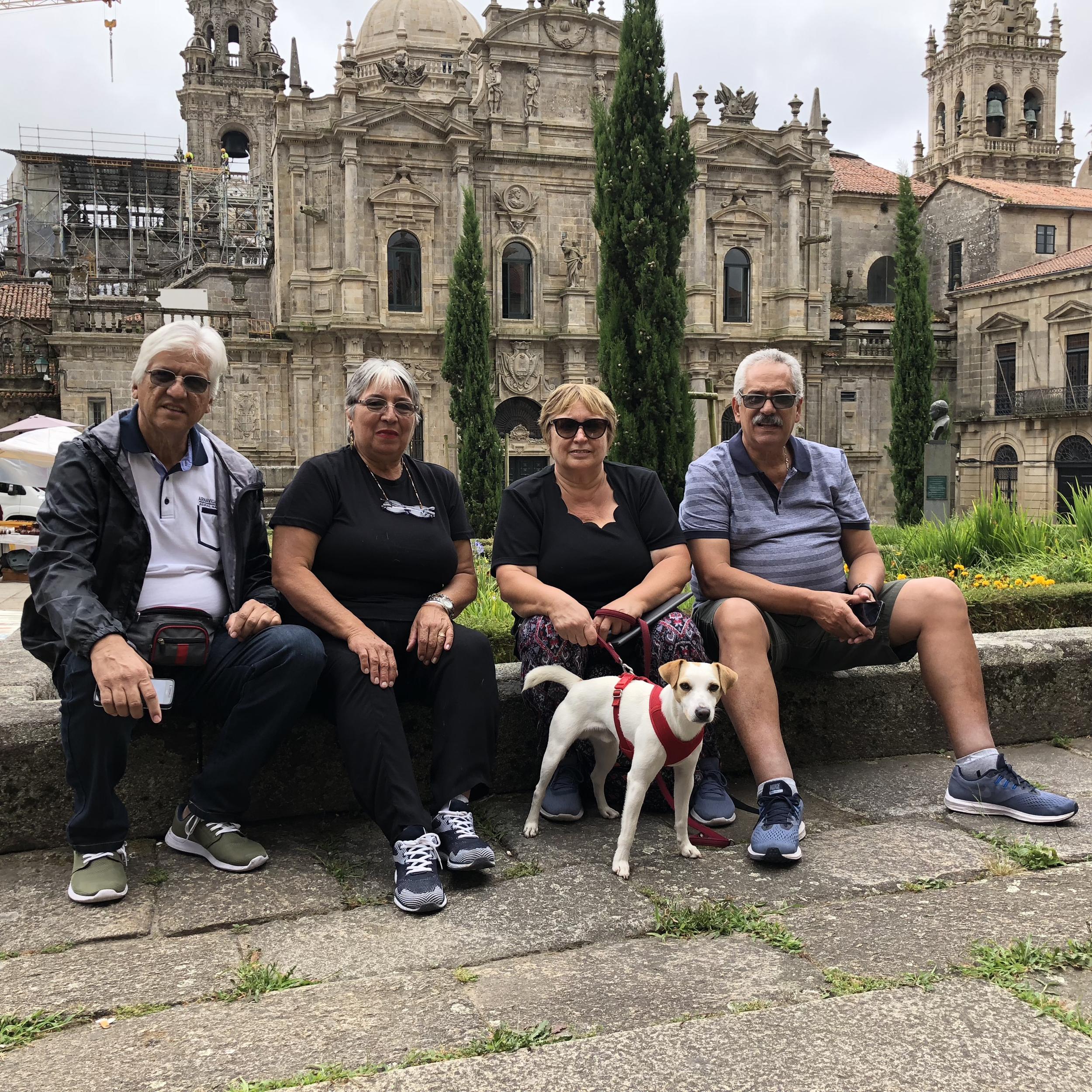 Con Stelia Maris, Betty, Rubén y Francisco, de Argentina.