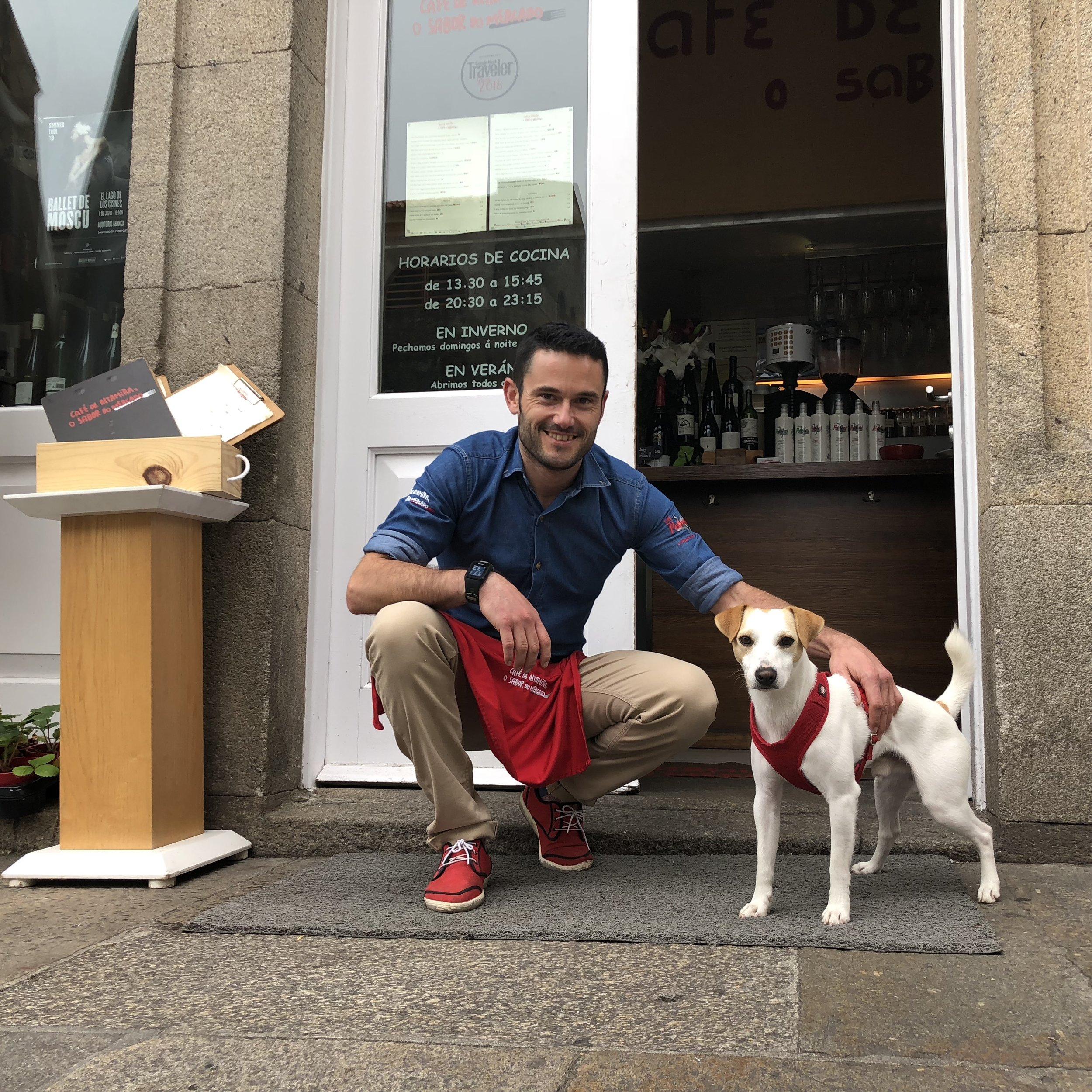 Con Álex, del Café de Altamira.