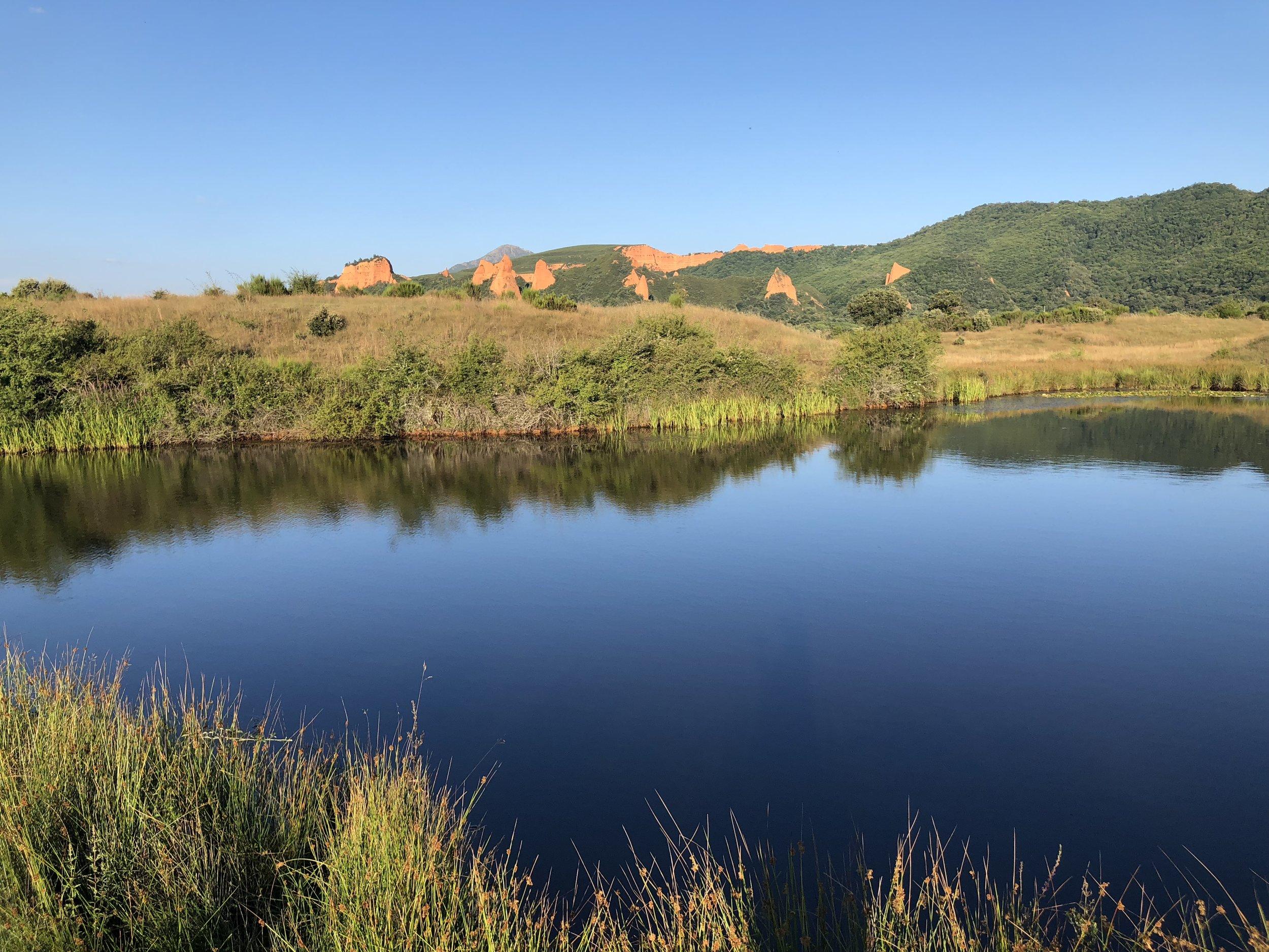 Lago Sumido, en Las Médulas.