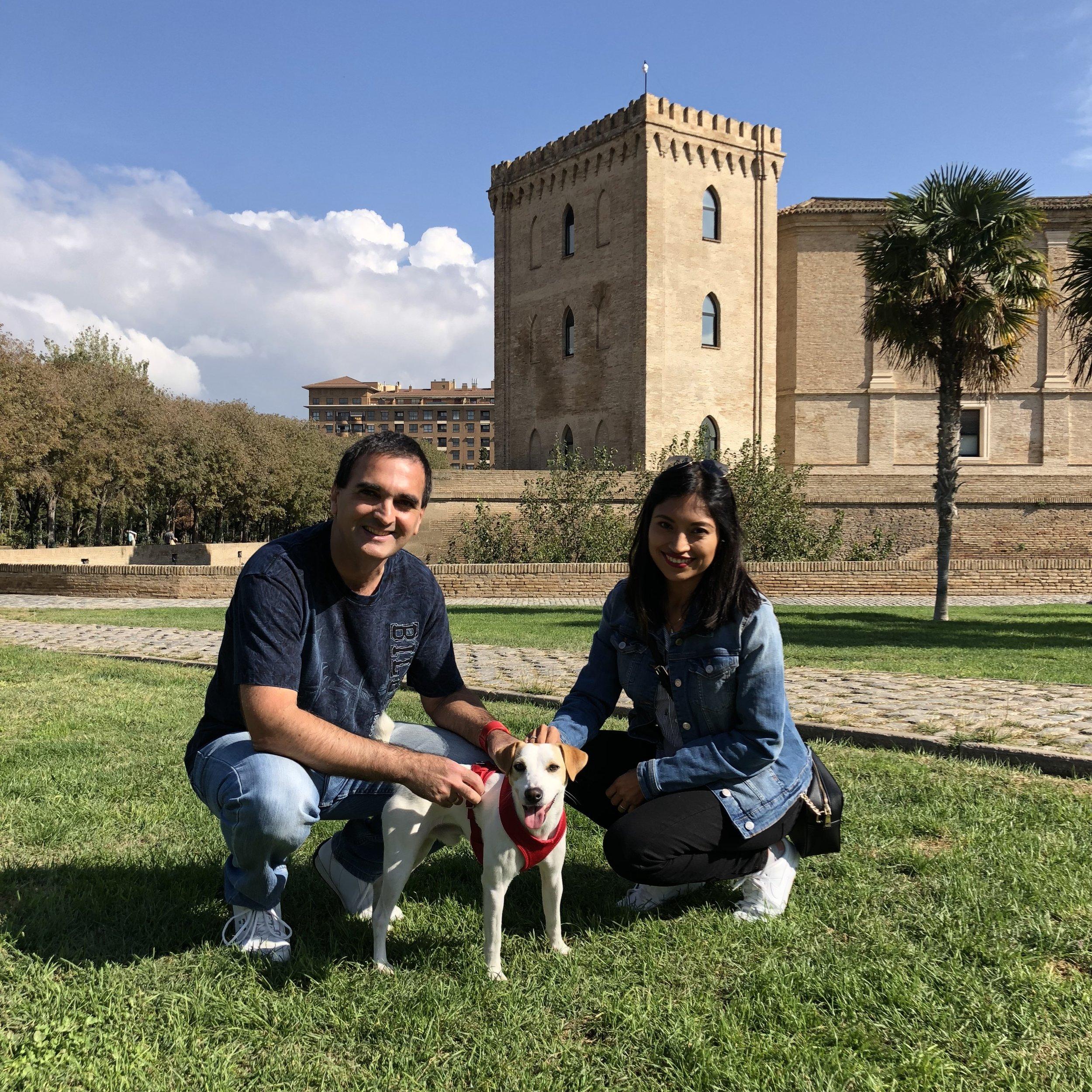 Con Roberto y Mari en Zaragoza.