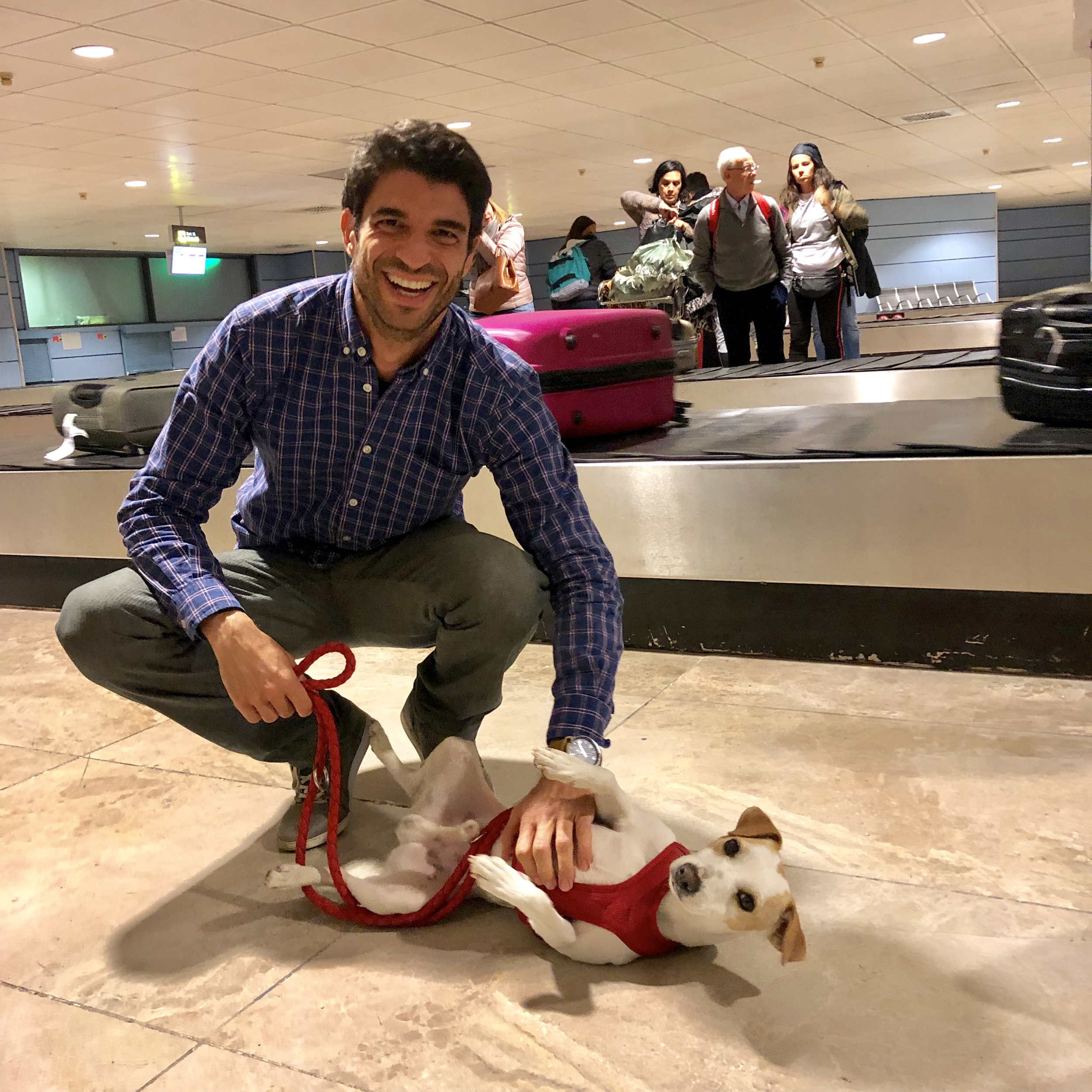 Con José Luis en el aeropuerto de Madrid.