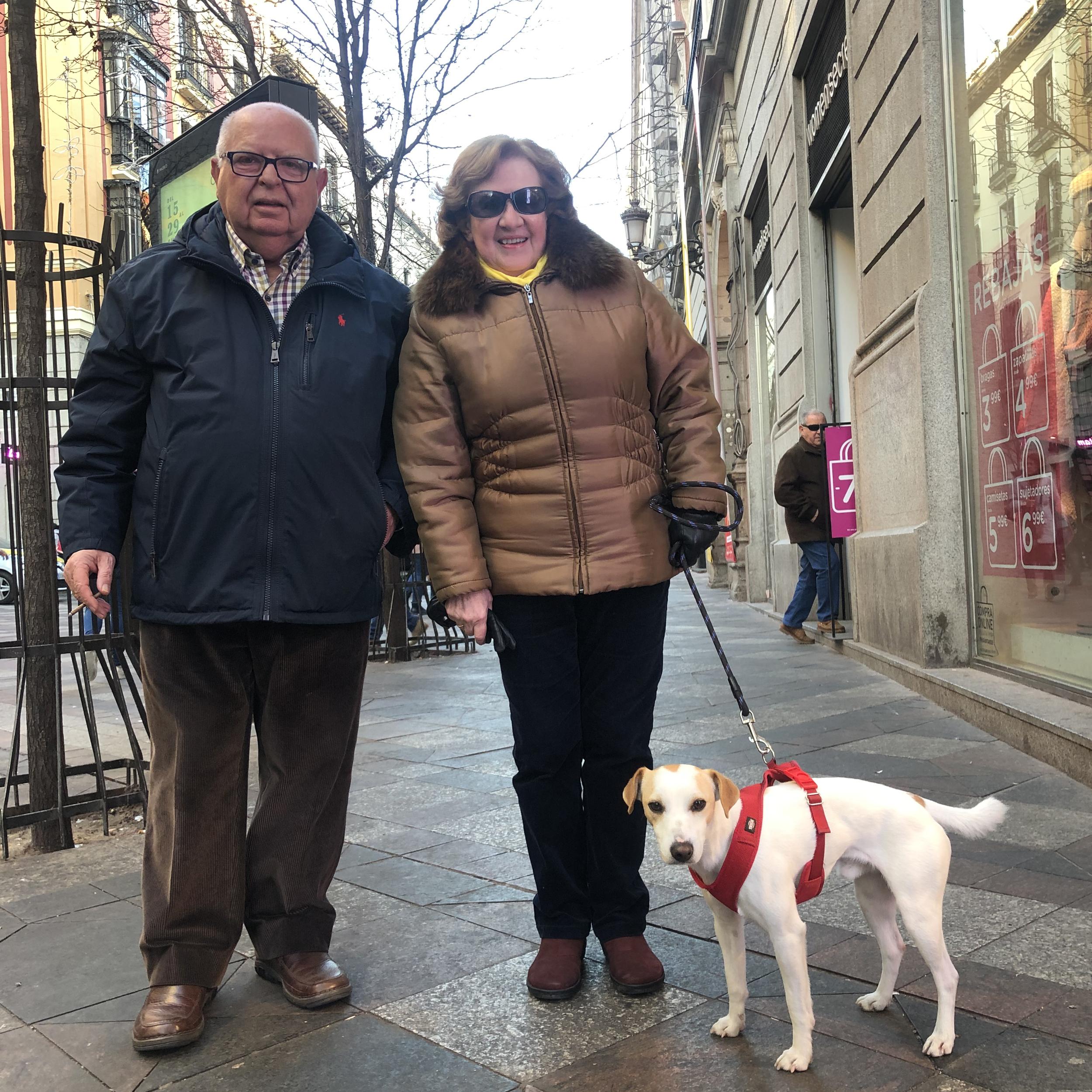 Con Lola y Manuel en Arenal.