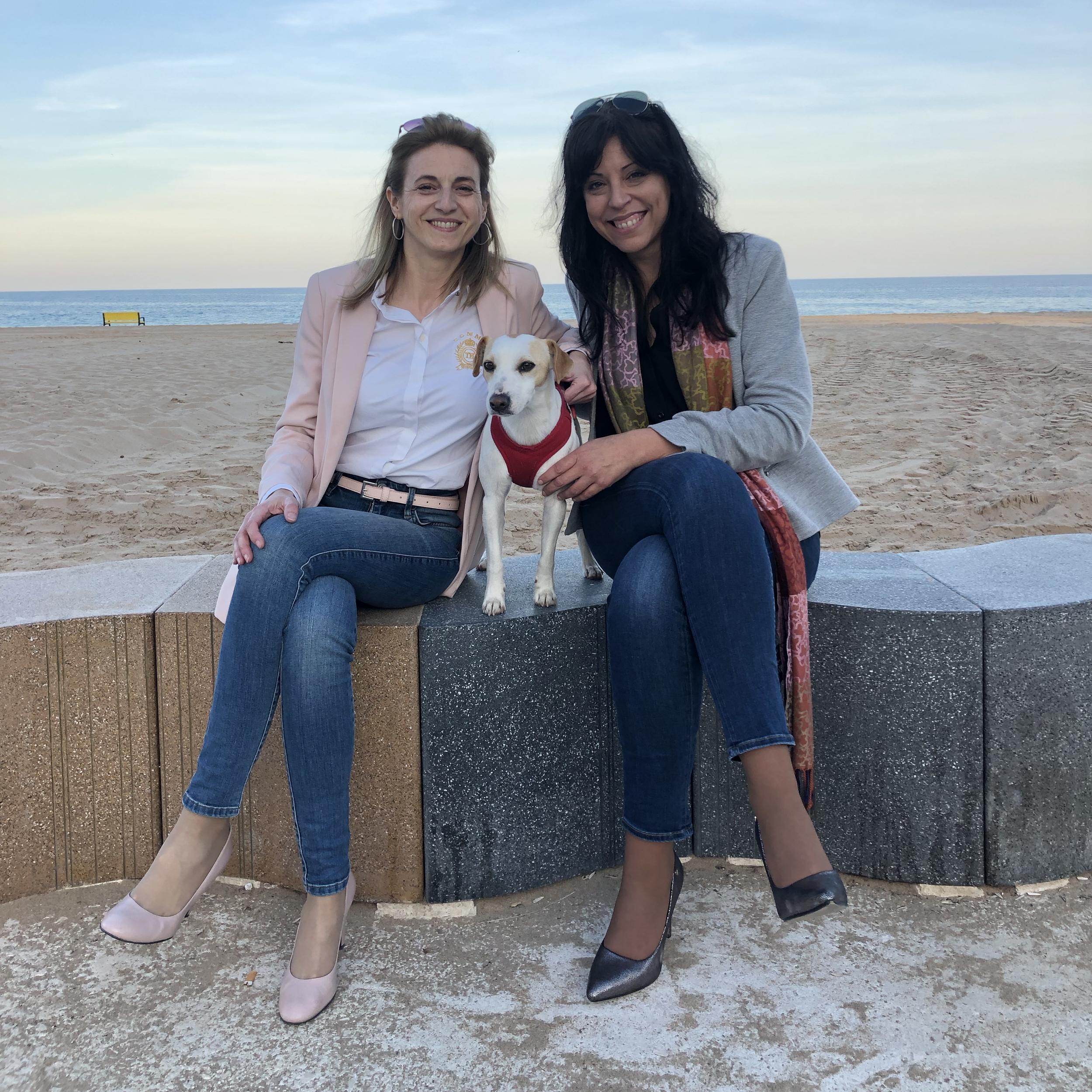 Con Rosana y Yolanda en Alicante.