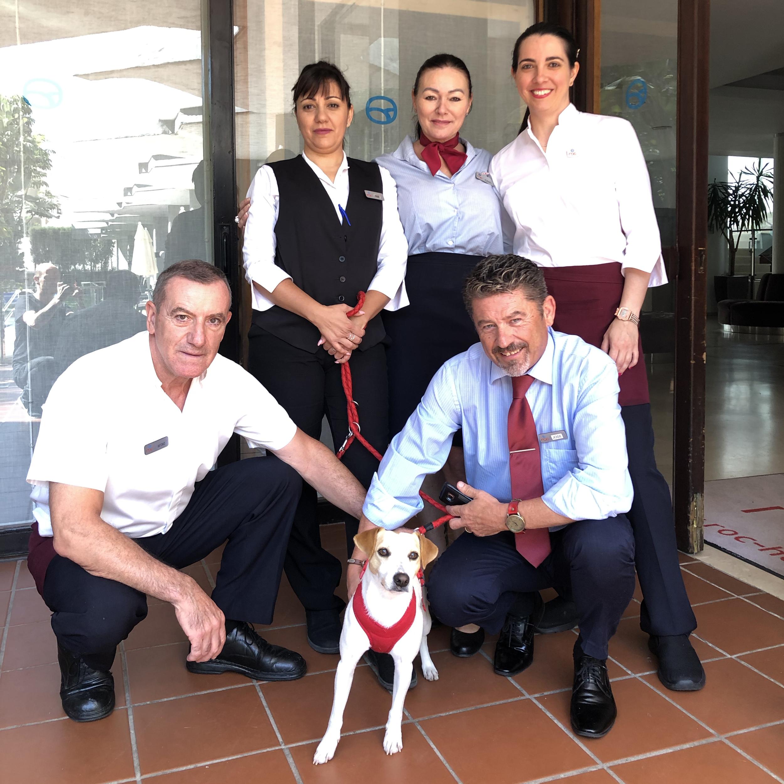 Con el equipo del Hotel Roc Lago Rojo de Torremolinos.