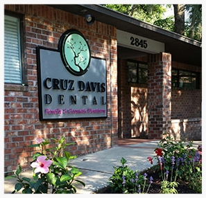 Cruz_dentist_office_2.jpg