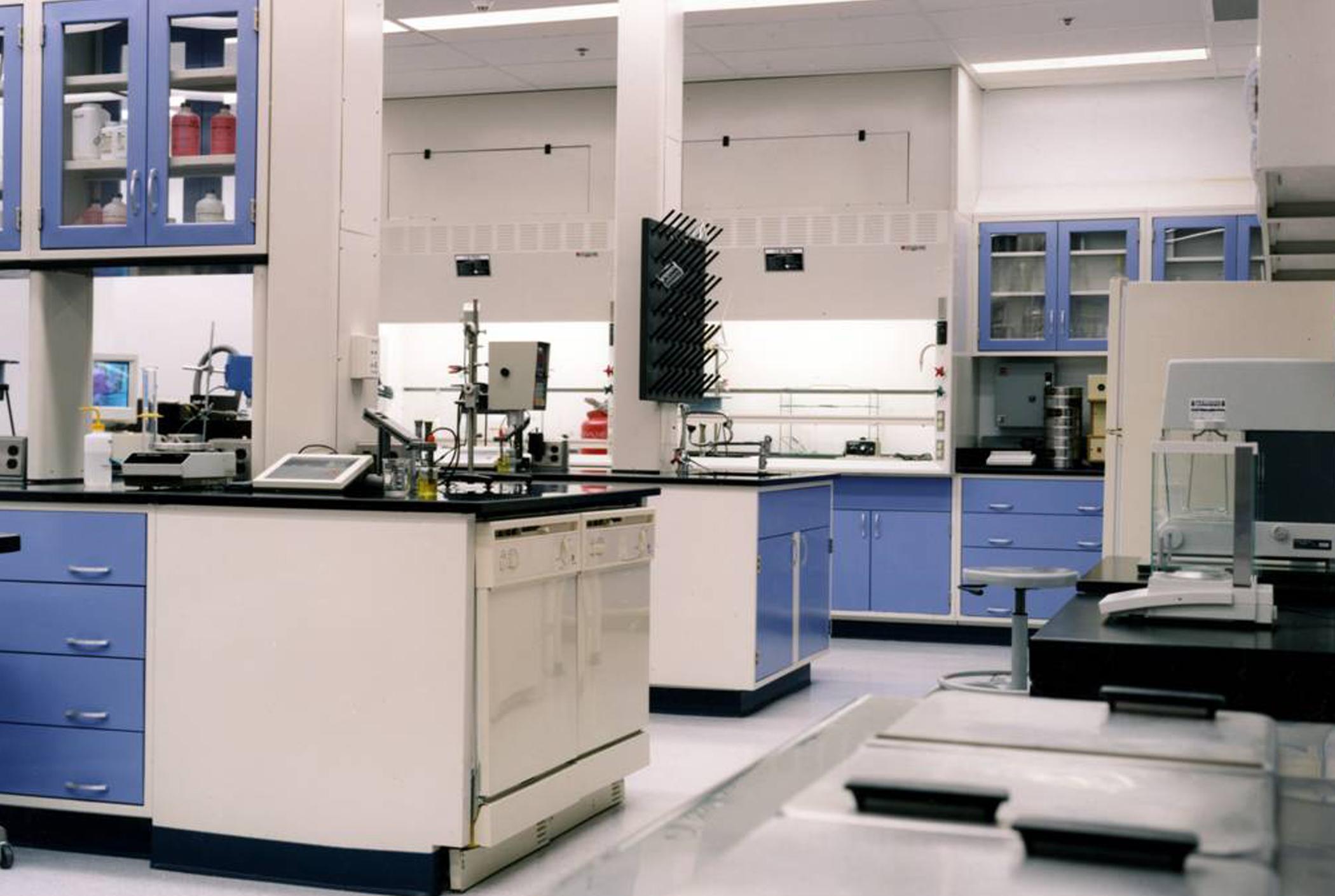 Germantown Lab-300 dpi.jpg