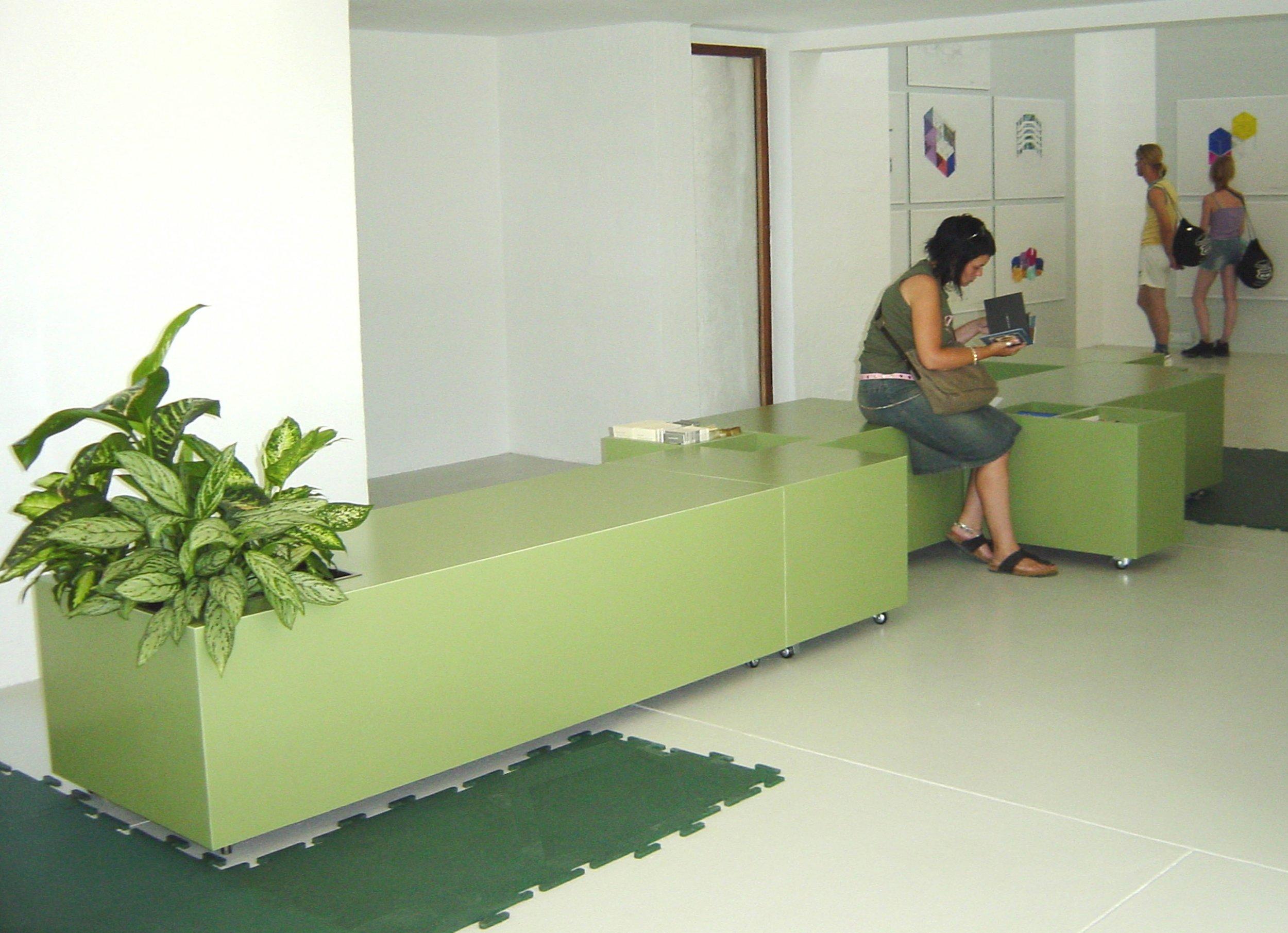 green rubber.jpg