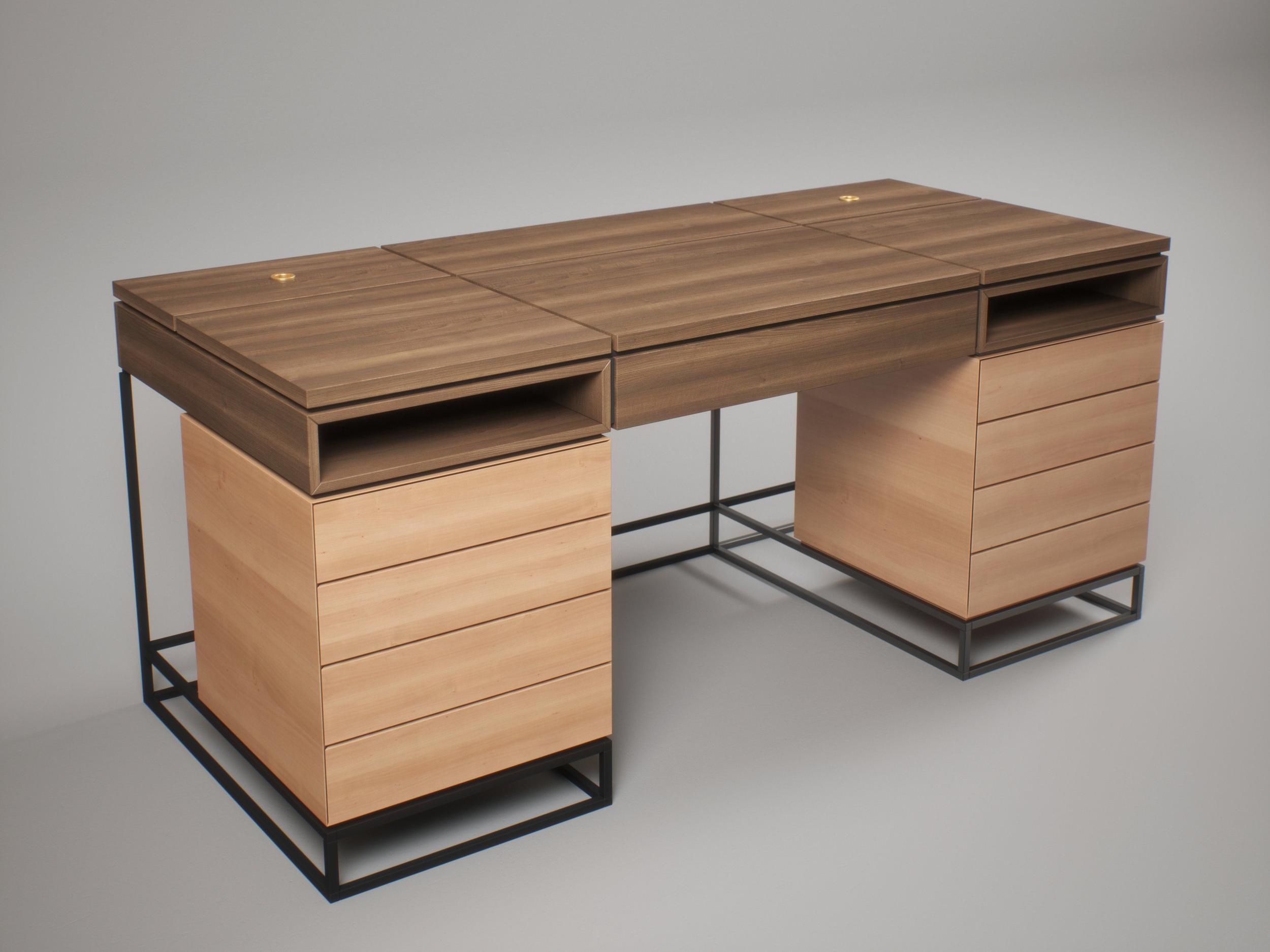 Table_001wa.jpg