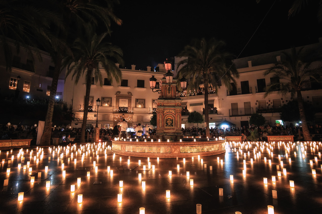 candle night vejer de la frontera