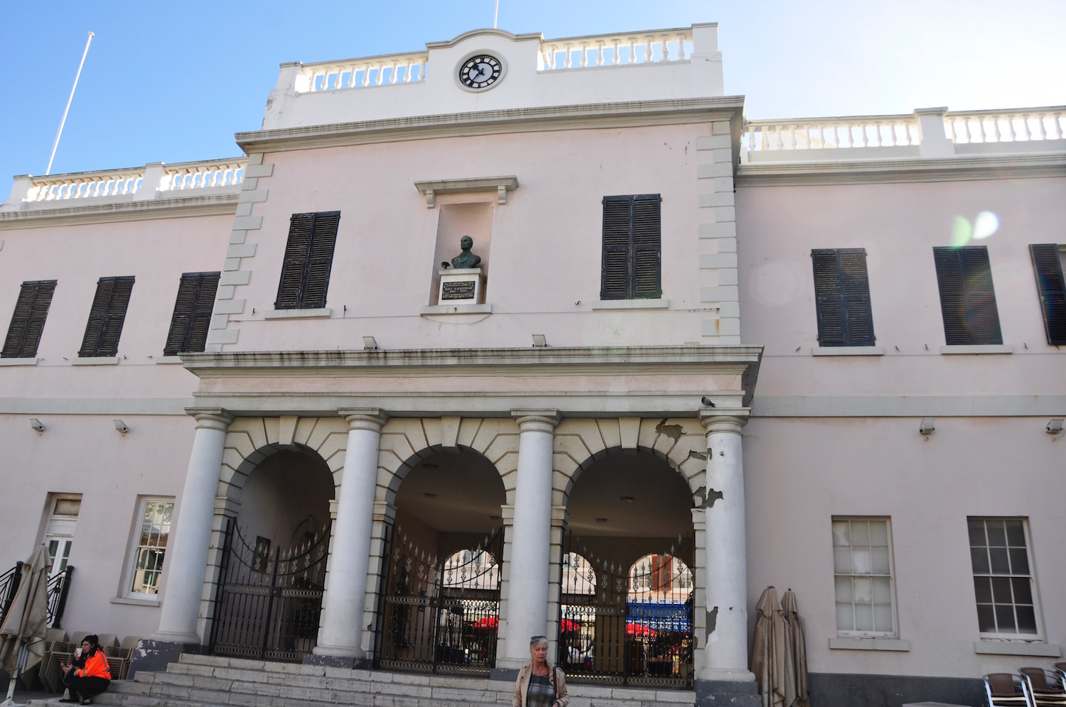 Gibraltar Parliament - The hot seat of government backs onto the square. Take a 'parliamentary seat' for British fish and chips at the restaurant out front which shares the same building!