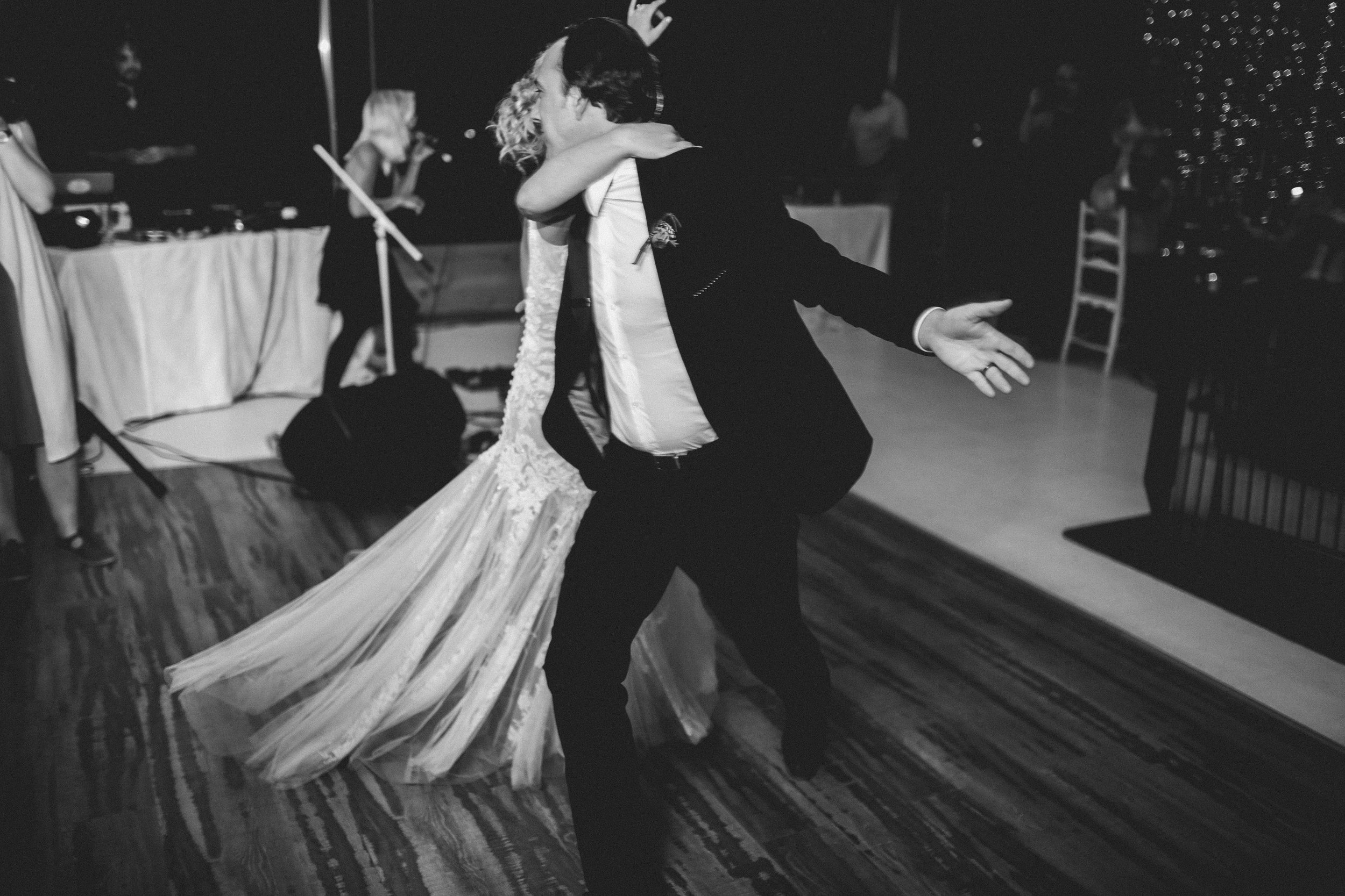 cape-town-wedding-sound-Tobie-and-lileen-reception-firstdance-myohmy-entertainment.jpg
