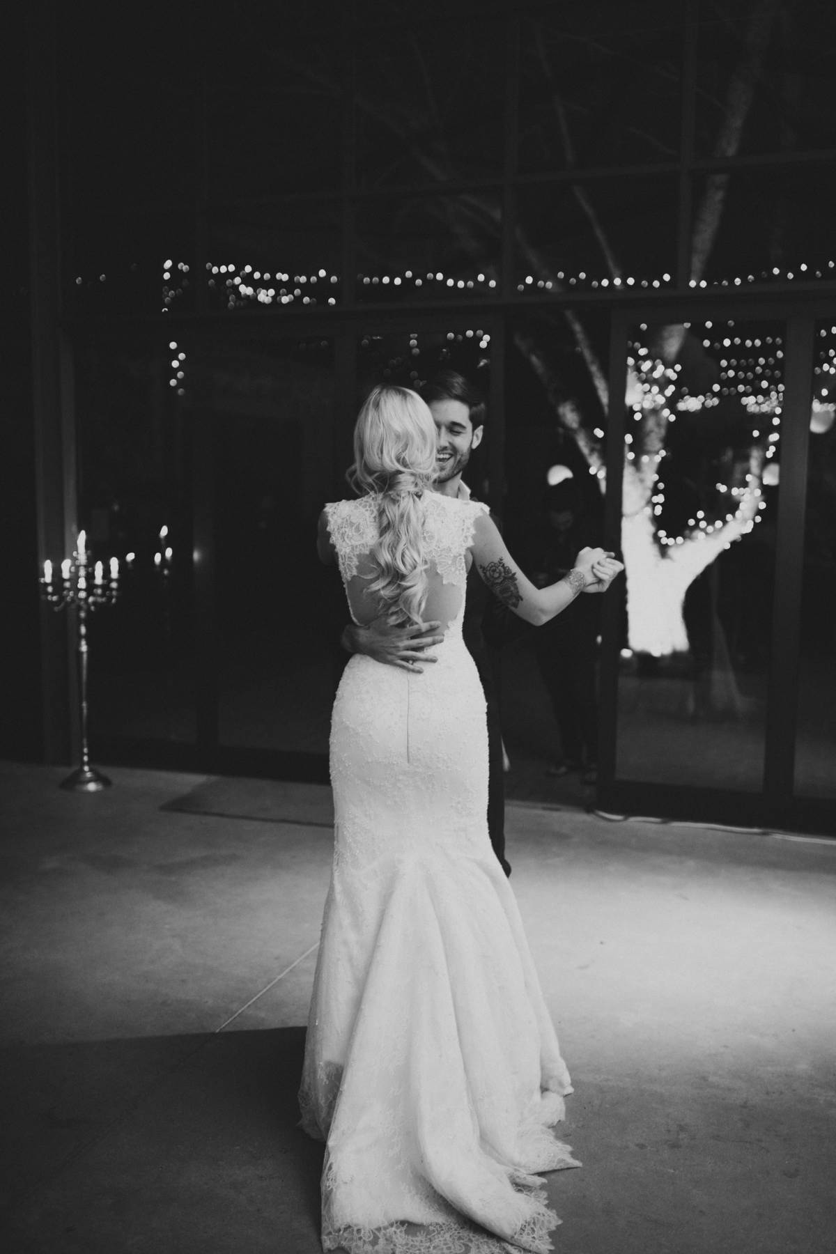 Myohmy-cape-town-wedding-entertainment-kirsten-mclennan-first-dance