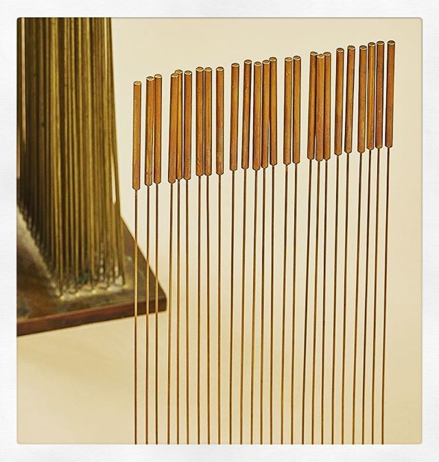 If you're fortunate enough to experience any of Harry Bertoia's somnambulant sculptures, you know how unique and soothing the auditory effects are. Truly captivating. Via @dc_hillier via @theexchangeint
